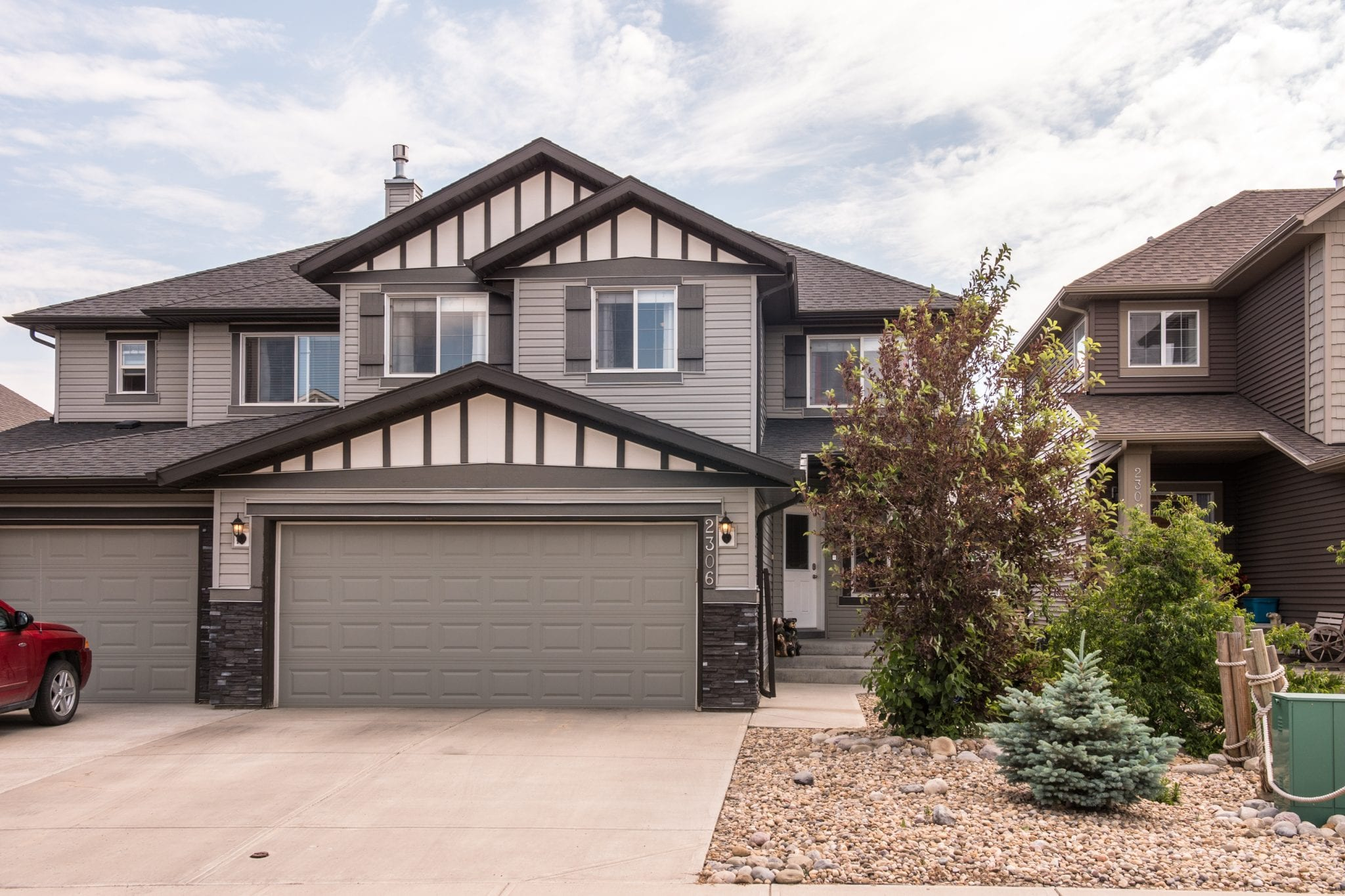 2306 Baywater Cres