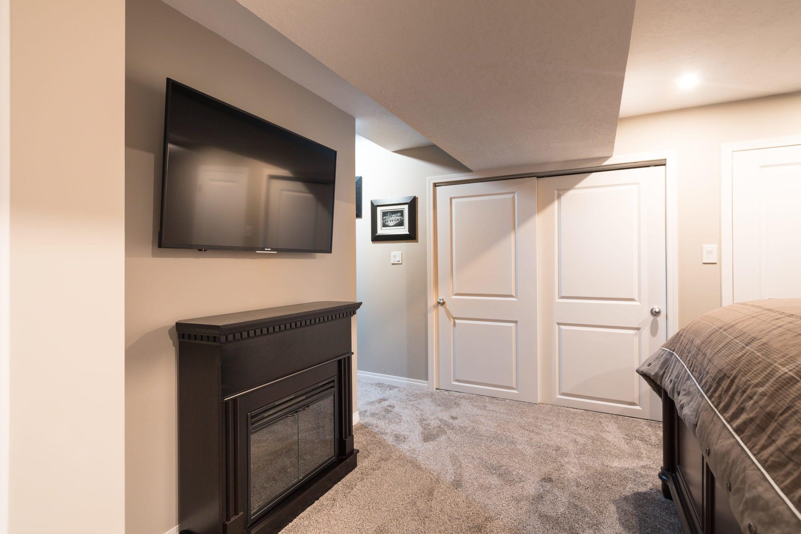 Hello Gorgeous - 1502 1001 8St NW - Tara Molina Real Estate (21 of 28)