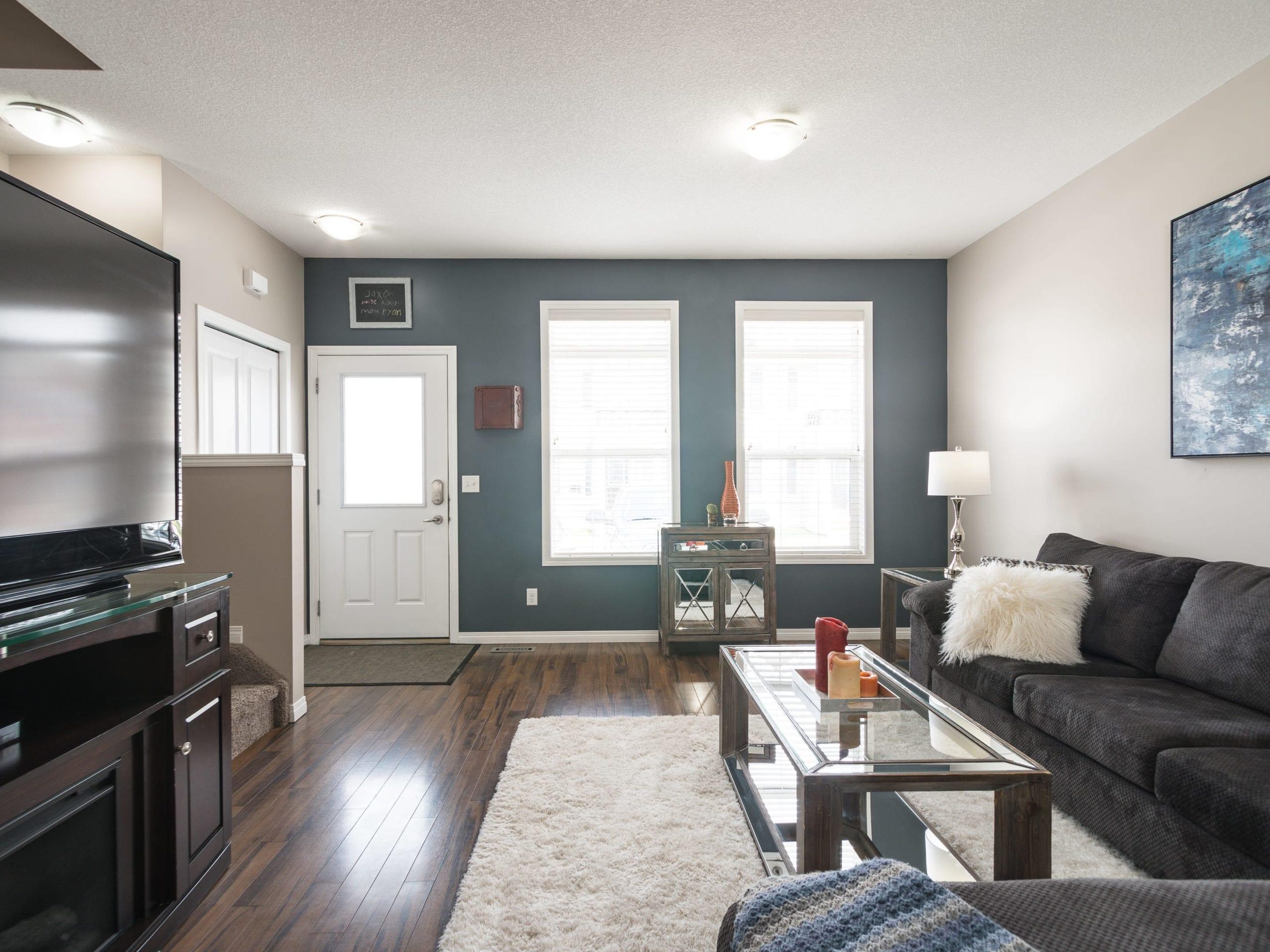 Hello Gorgeous - 1502 1001 8St NW - Tara Molina Real Estate (4 of 28)