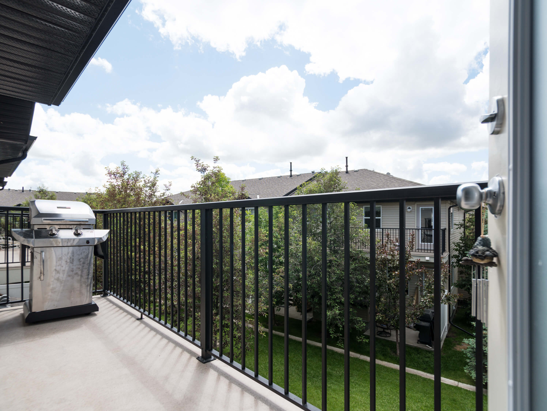 Hello Gorgeous - 302 Saddlebrook Pt NE - Tara Molina Real Estate (10 of 20)
