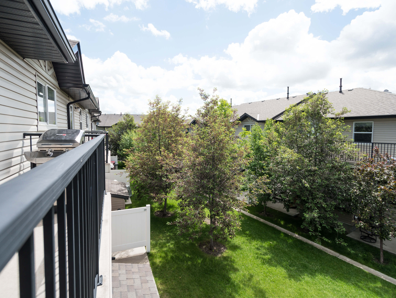 Hello Gorgeous - 302 Saddlebrook Pt NE - Tara Molina Real Estate (11 of 20)