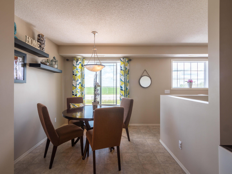 Hello Gorgeous - 302 Saddlebrook Pt NE - Tara Molina Real Estate (18 of 20)