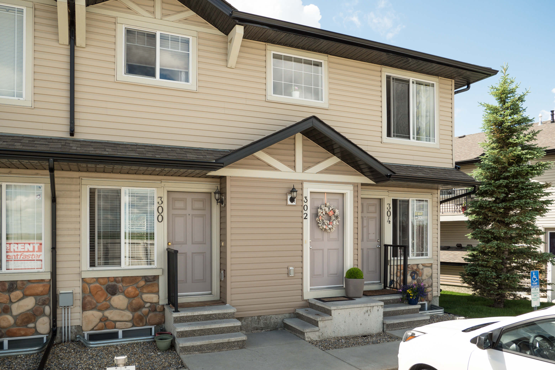 Hello Gorgeous - 302 Saddlebrook Pt NE - Tara Molina Real Estate (19 of 20)