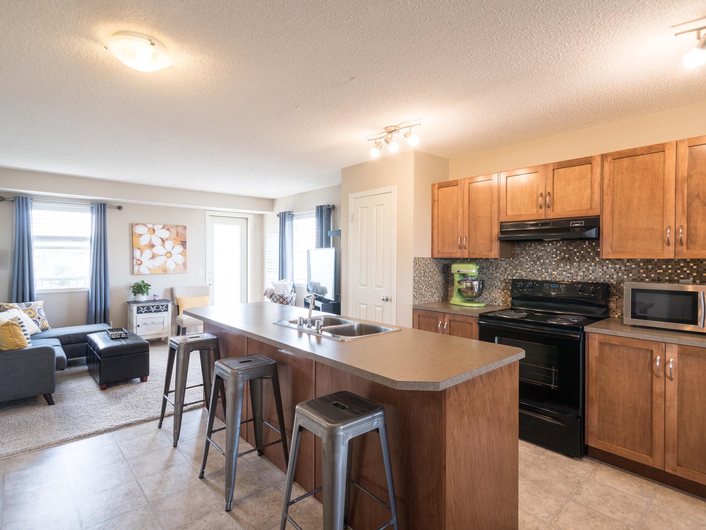 Hello Gorgeous - 302 Saddlebrook Pt NE - Tara Molina Real Estate (5 of 20)