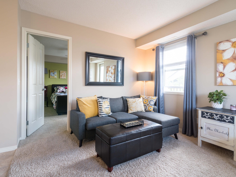Hello Gorgeous - 302 Saddlebrook Pt NE - Tara Molina Real Estate (8 of 20)