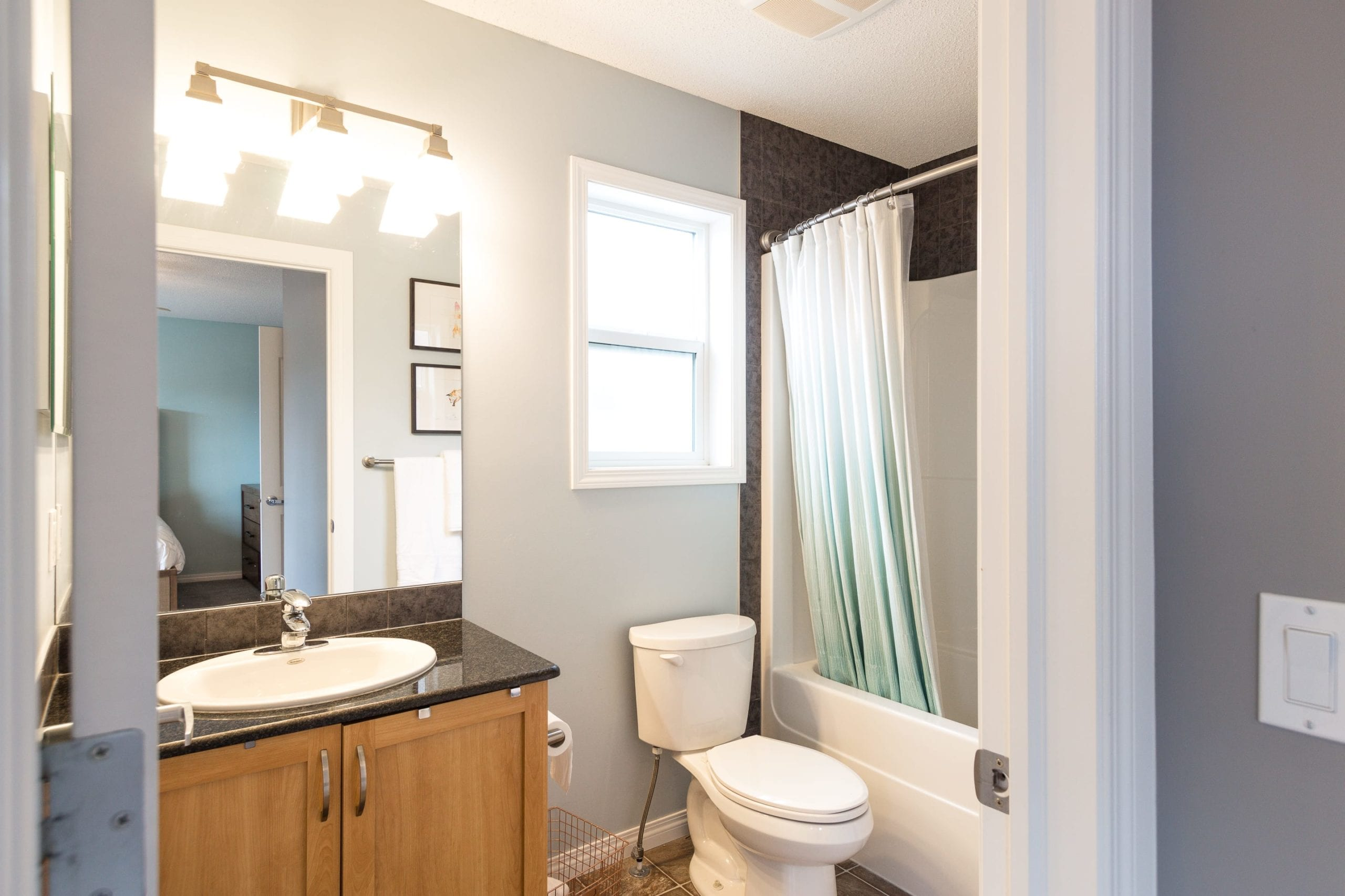 Hello Gorgeous - 156 Morningside Manor Airdrie - Tara Molina Real Estate (28 of 35)