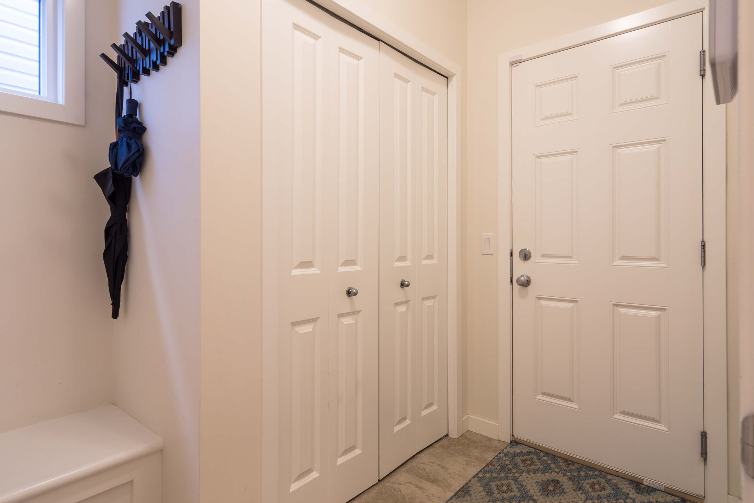 Hello Gorgeous - 213 Hillcrest Drive Airdrie - Tara Molina Real Estate (12 of 31)