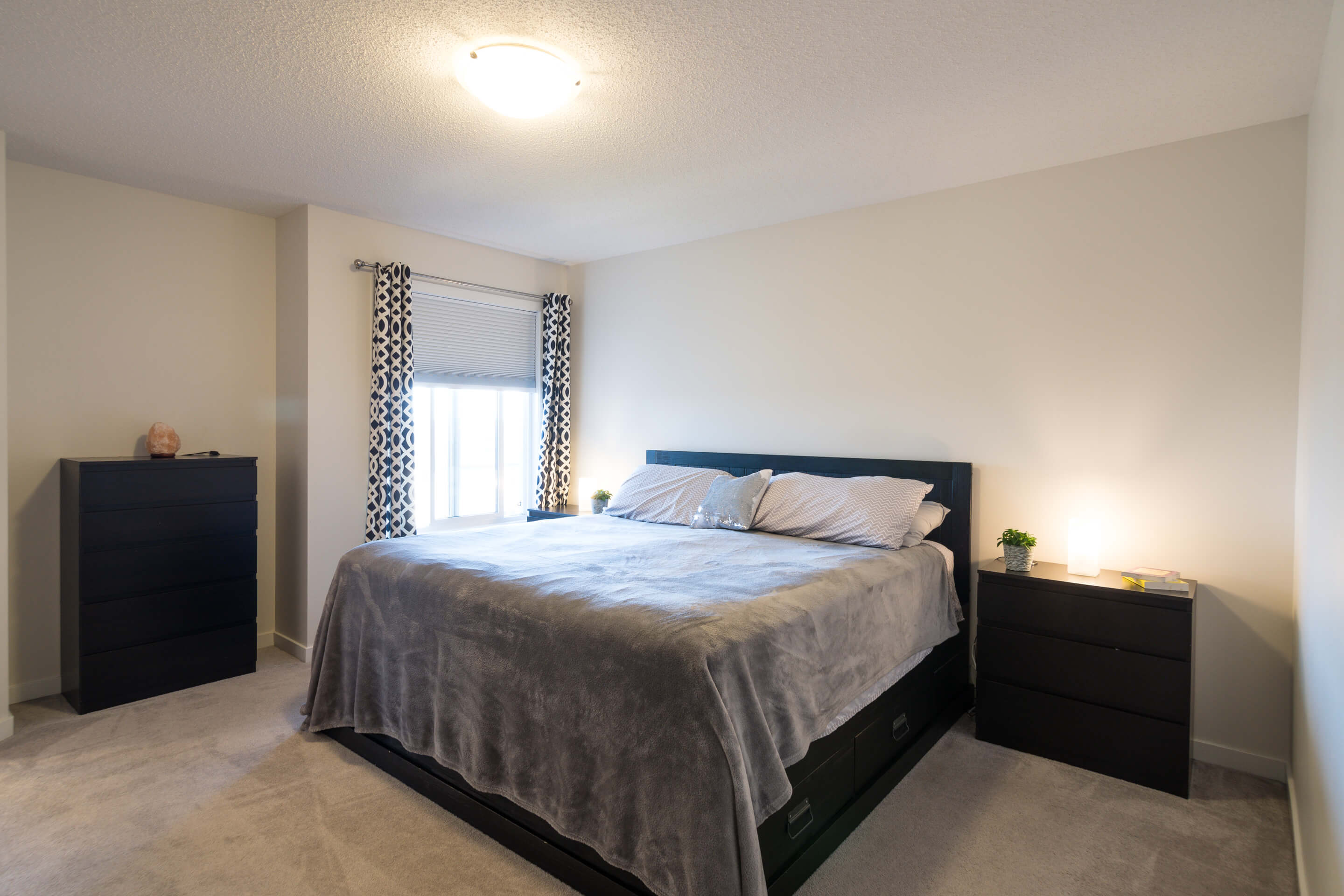 Hello Gorgeous - 213 Hillcrest Drive Airdrie - Tara Molina Real Estate (14 of 31)