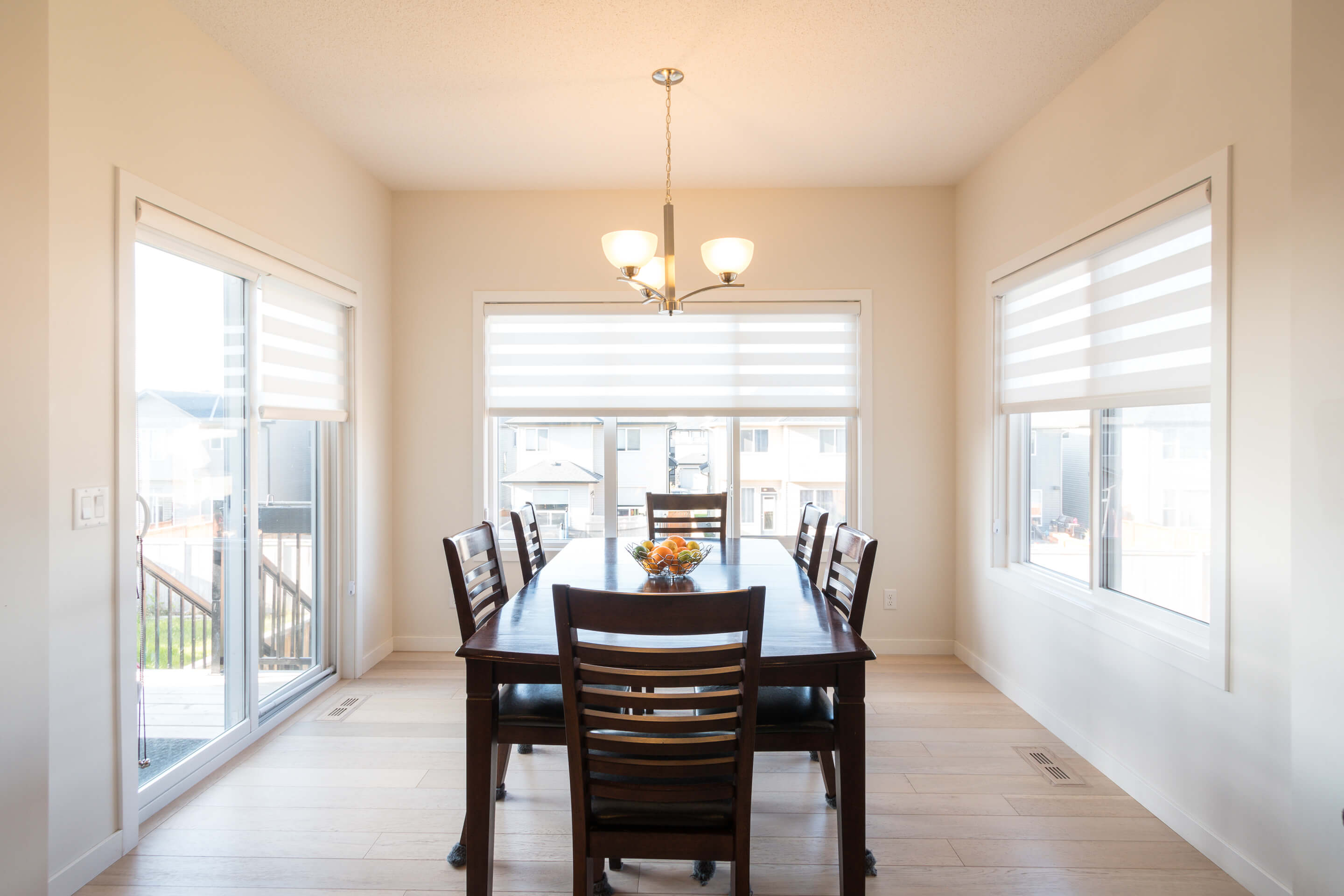Hello Gorgeous - 213 Hillcrest Drive Airdrie - Tara Molina Real Estate (7 of 31)