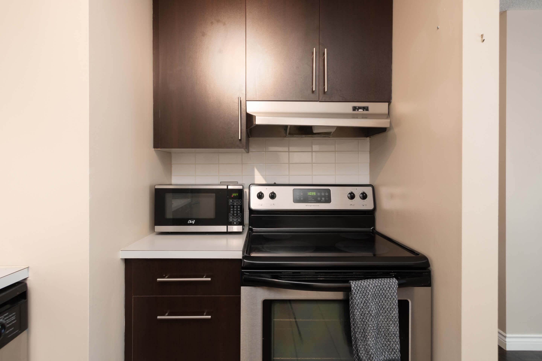 Hello Gorgeous - 402 120 24 Ave SW Calgary - Tara Molina Real Estate (8 of 20)