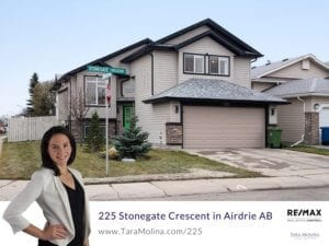225 Stonegate Crescent in Airdrie, AB - Listing