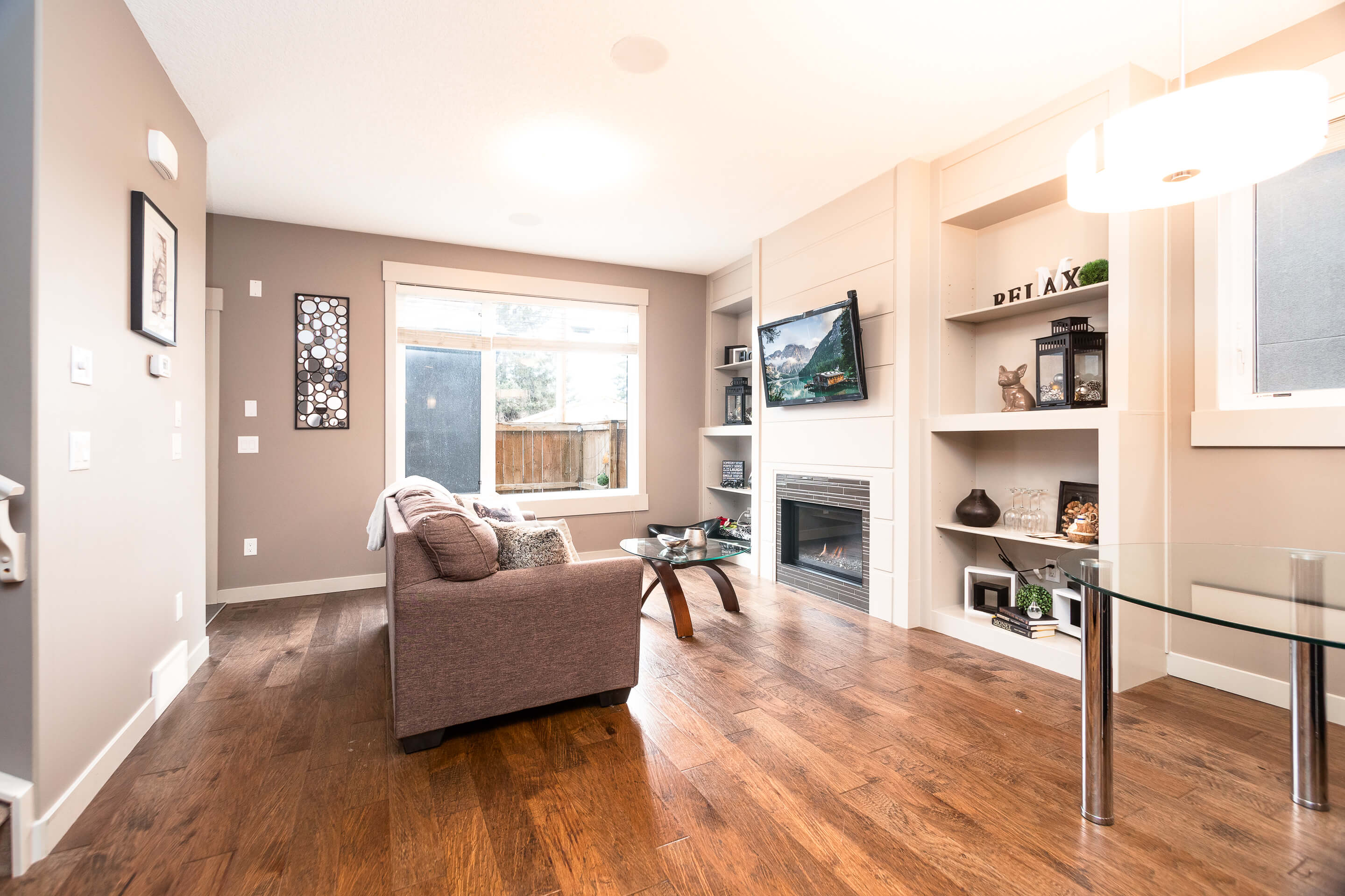 Hello Gorgeous - 2-4726 17 Ave NW - Tara Molina Real Estate (3 of 55)