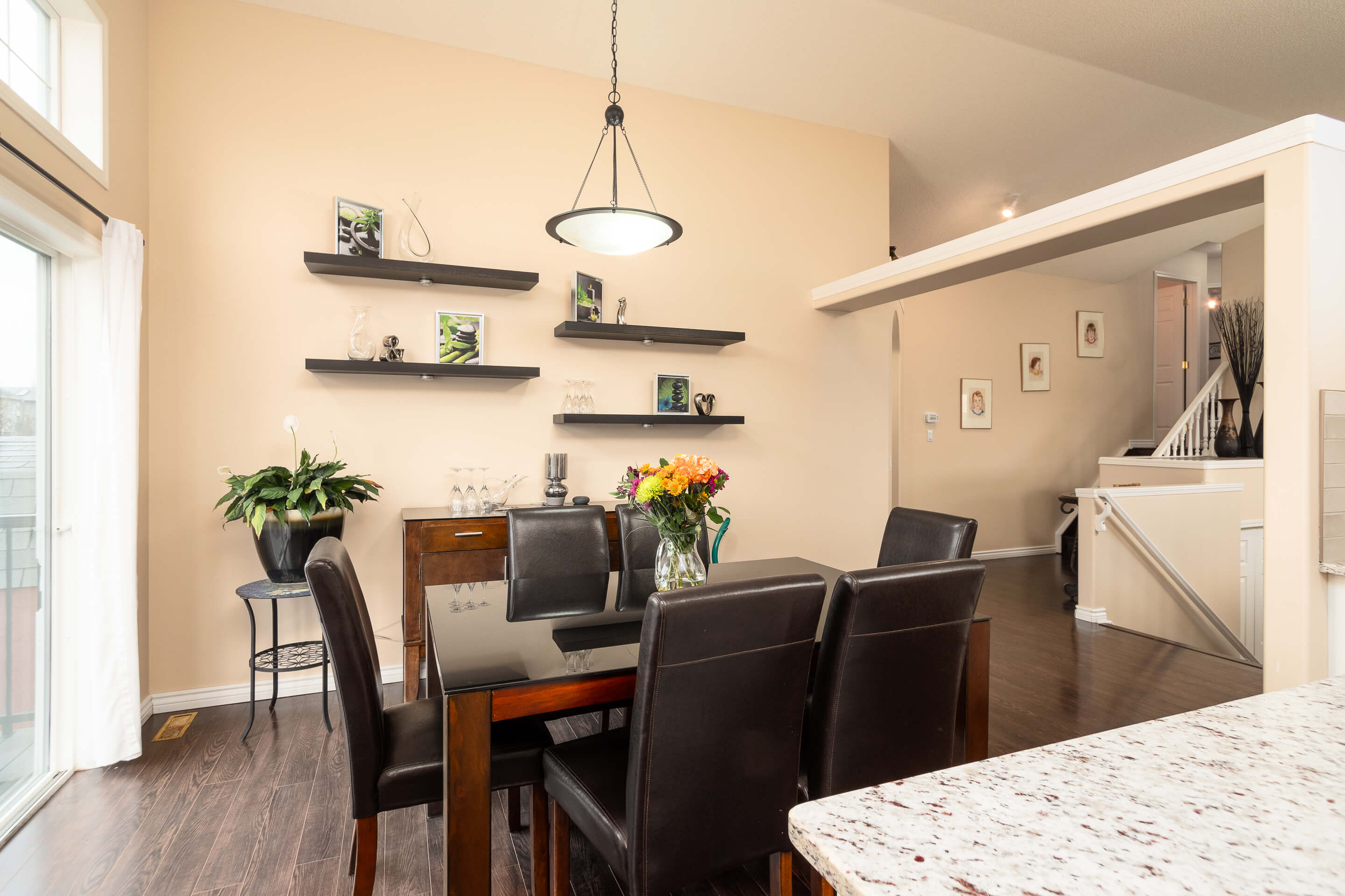 Hello Gorgeous - 225 Stonegate Crescent NW Airdrie - Tara Molina Real Estate (13 of 37)