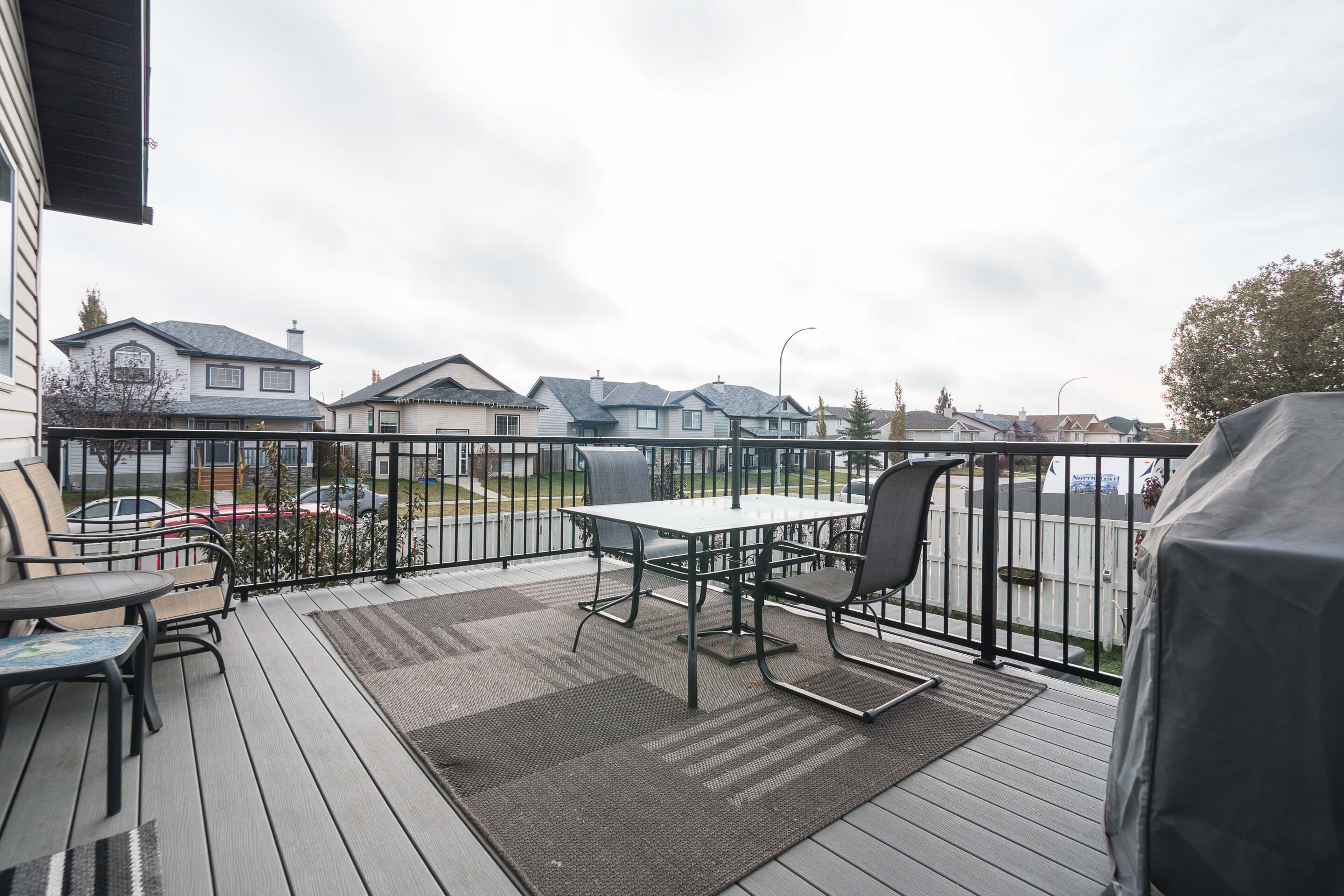 Hello Gorgeous - 225 Stonegate Crescent NW Airdrie - Tara Molina Real Estate (14 of 37)