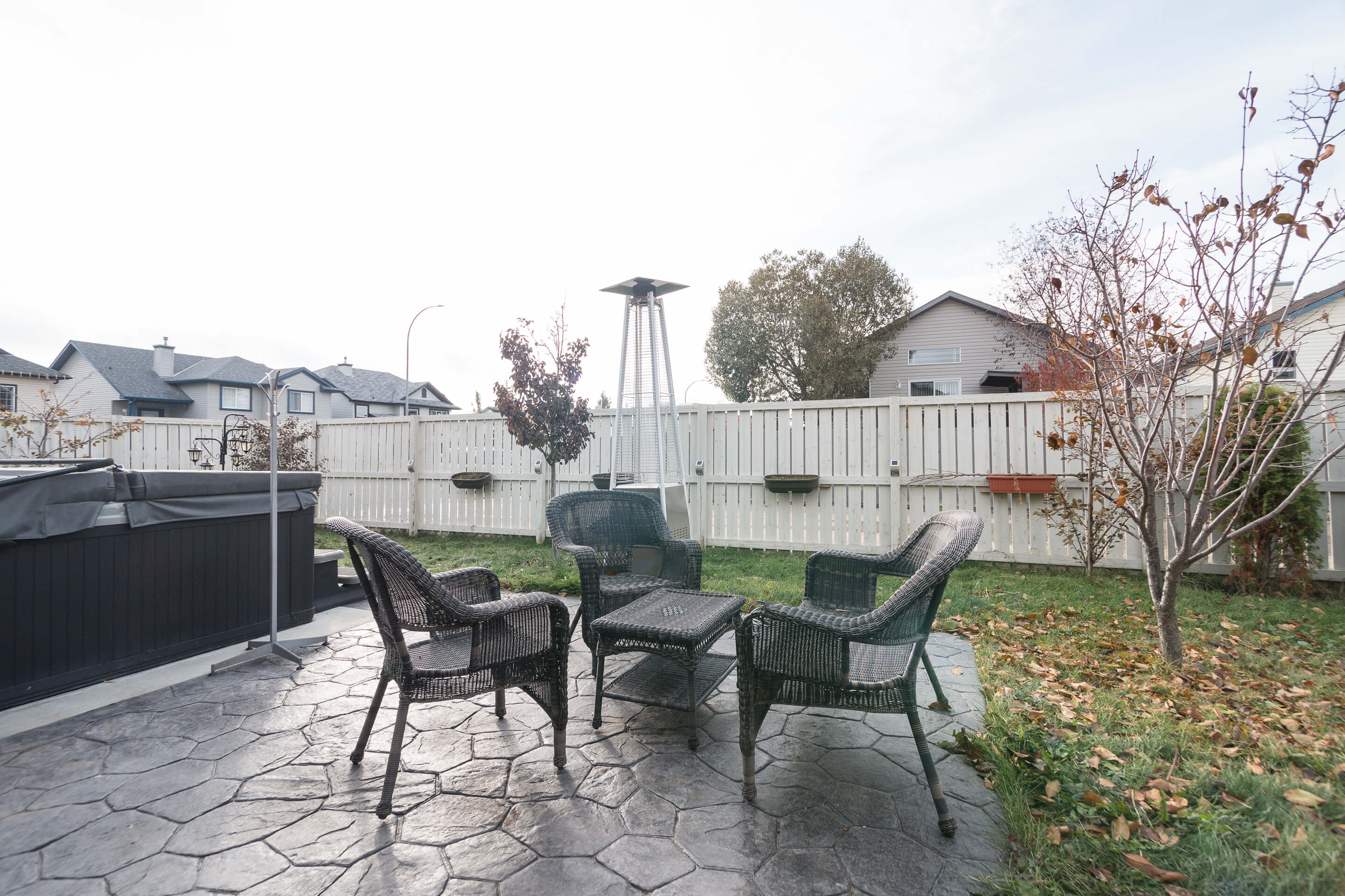 Hello Gorgeous - 225 Stonegate Crescent NW Airdrie - Tara Molina Real Estate (17 of 37)