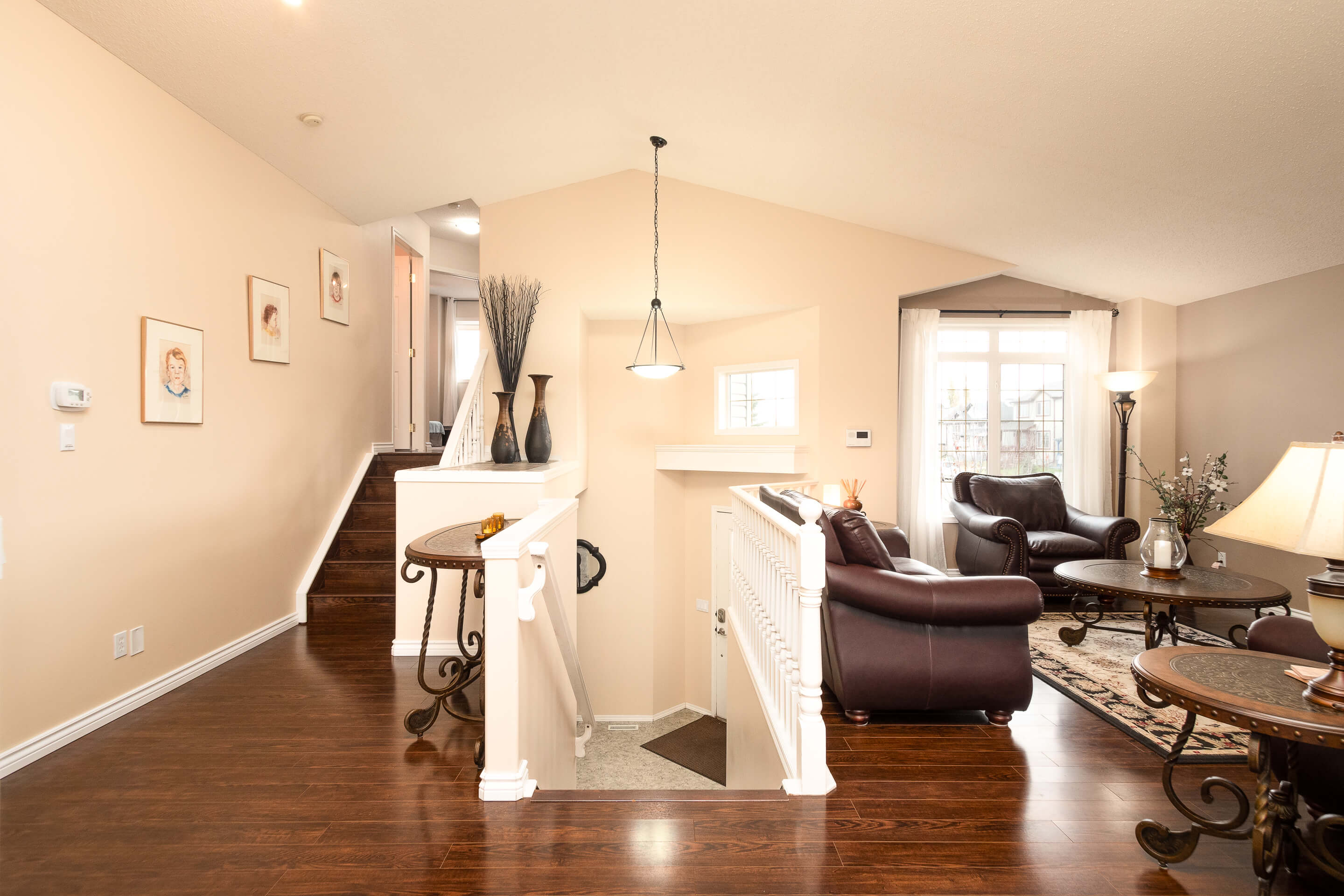 Hello Gorgeous - 225 Stonegate Crescent NW Airdrie - Tara Molina Real Estate (22 of 37)
