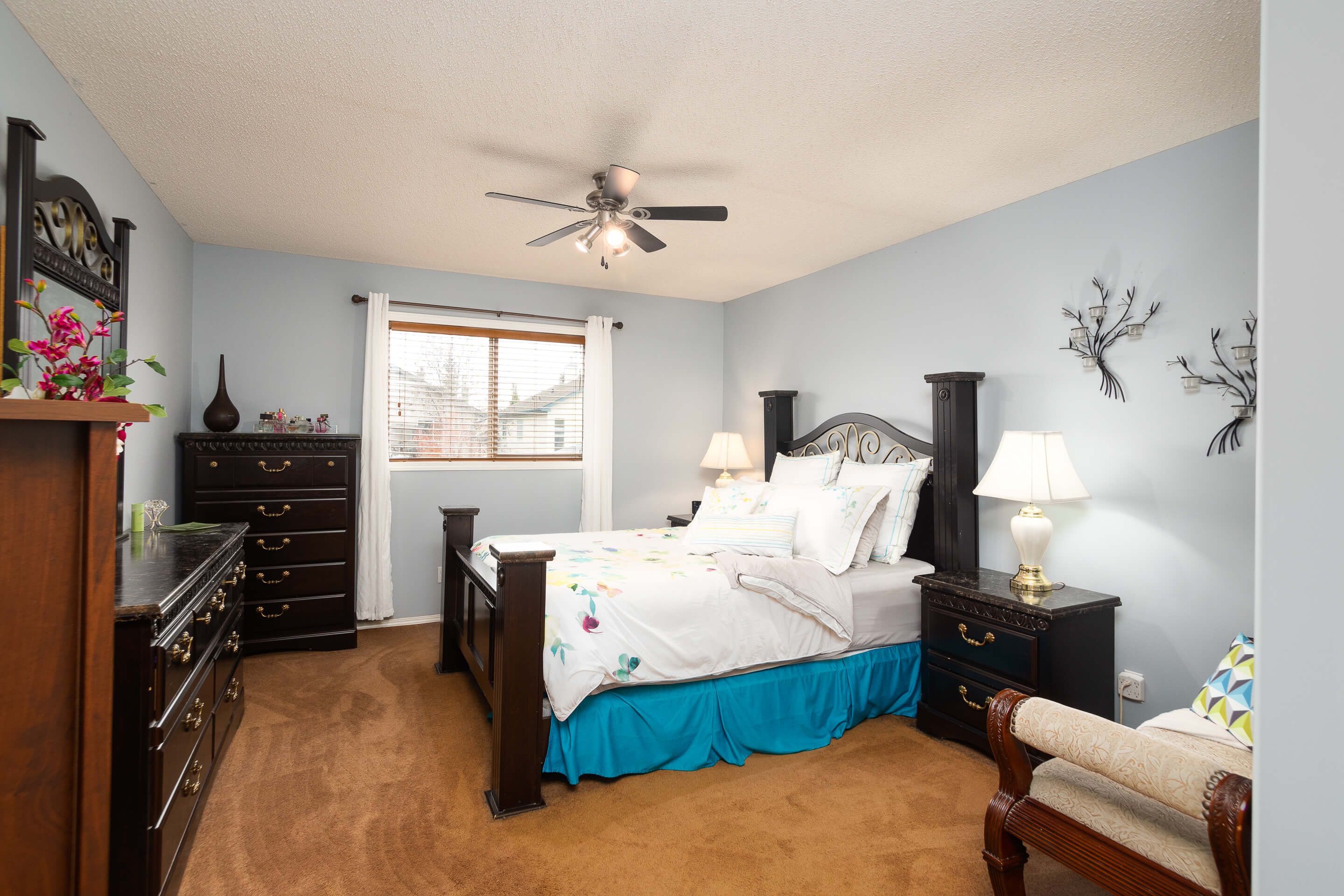 Hello Gorgeous - 225 Stonegate Crescent NW Airdrie - Tara Molina Real Estate (24 of 37)