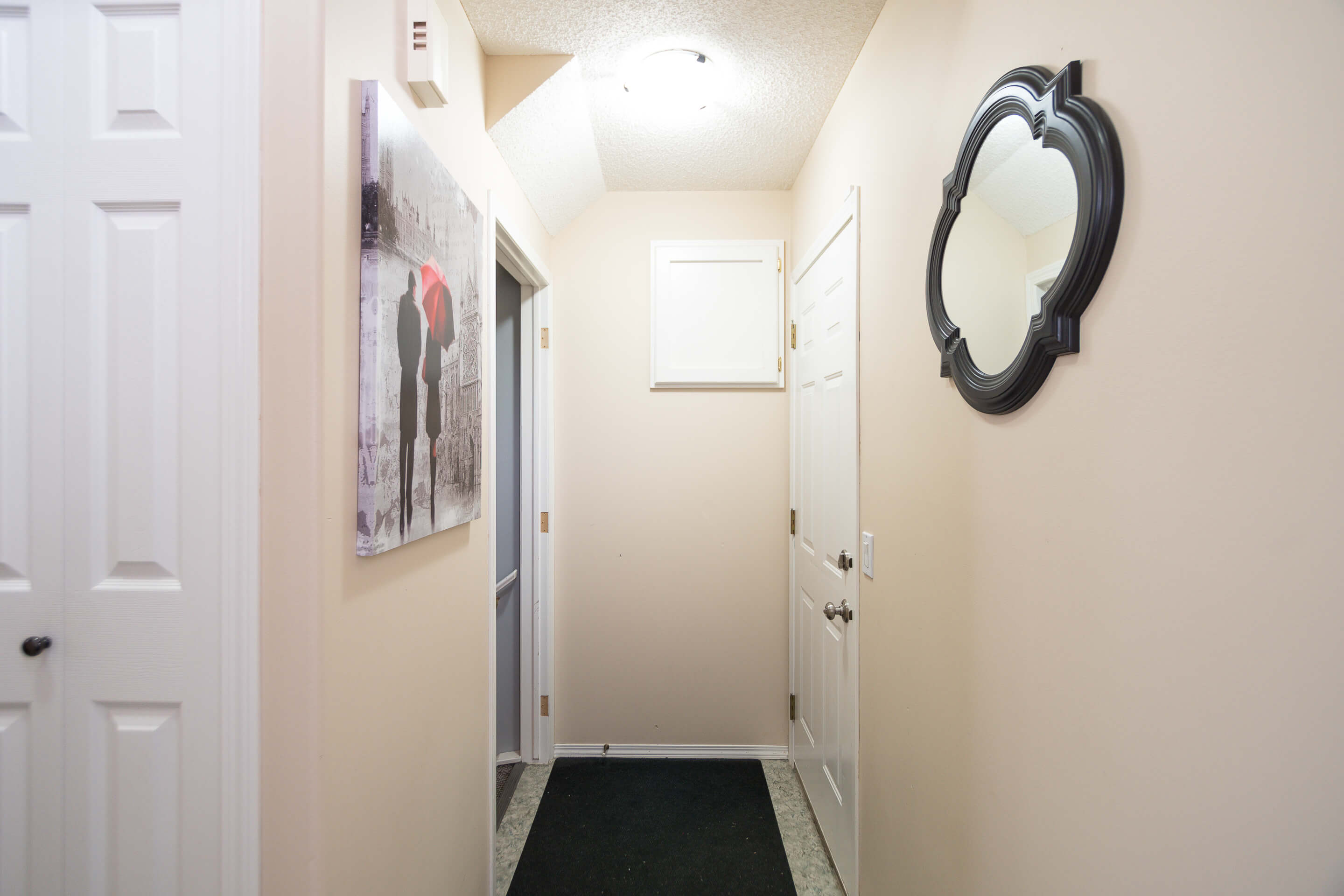Hello Gorgeous - 225 Stonegate Crescent NW Airdrie - Tara Molina Real Estate (29 of 37)
