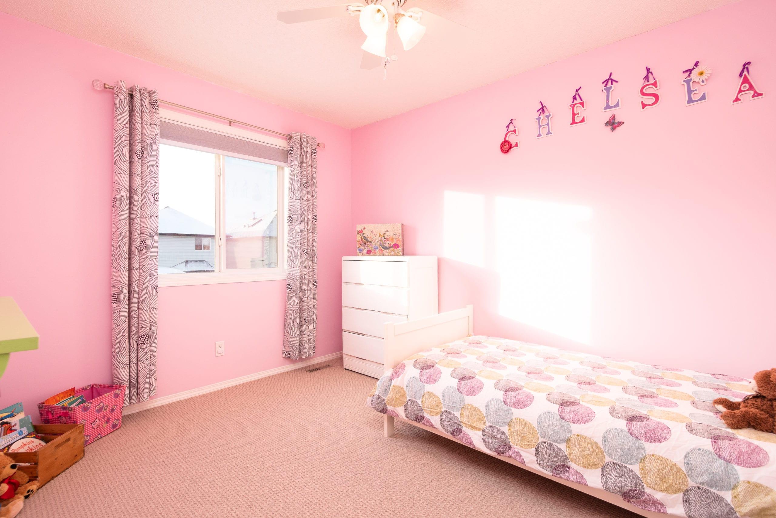 Hello Gorgeous - 1305 Bayside Rise SW Airdrie AB - Tara Molina Real Estate (31 of 53)
