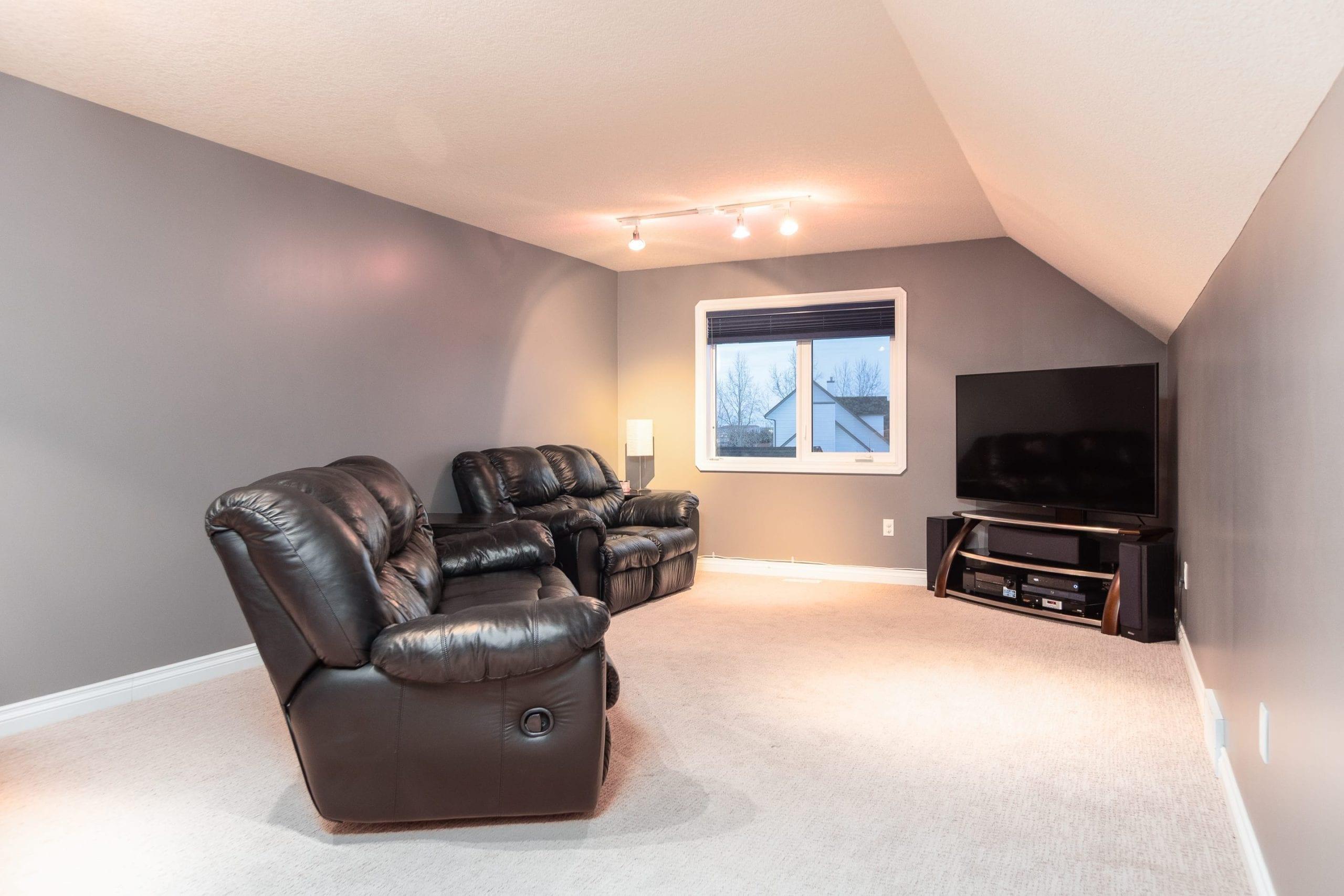 Hello Gorgeous - 243 Stage Coach Lane, Rockyview County AB - Tara Molina Real Estate (43 of 59)