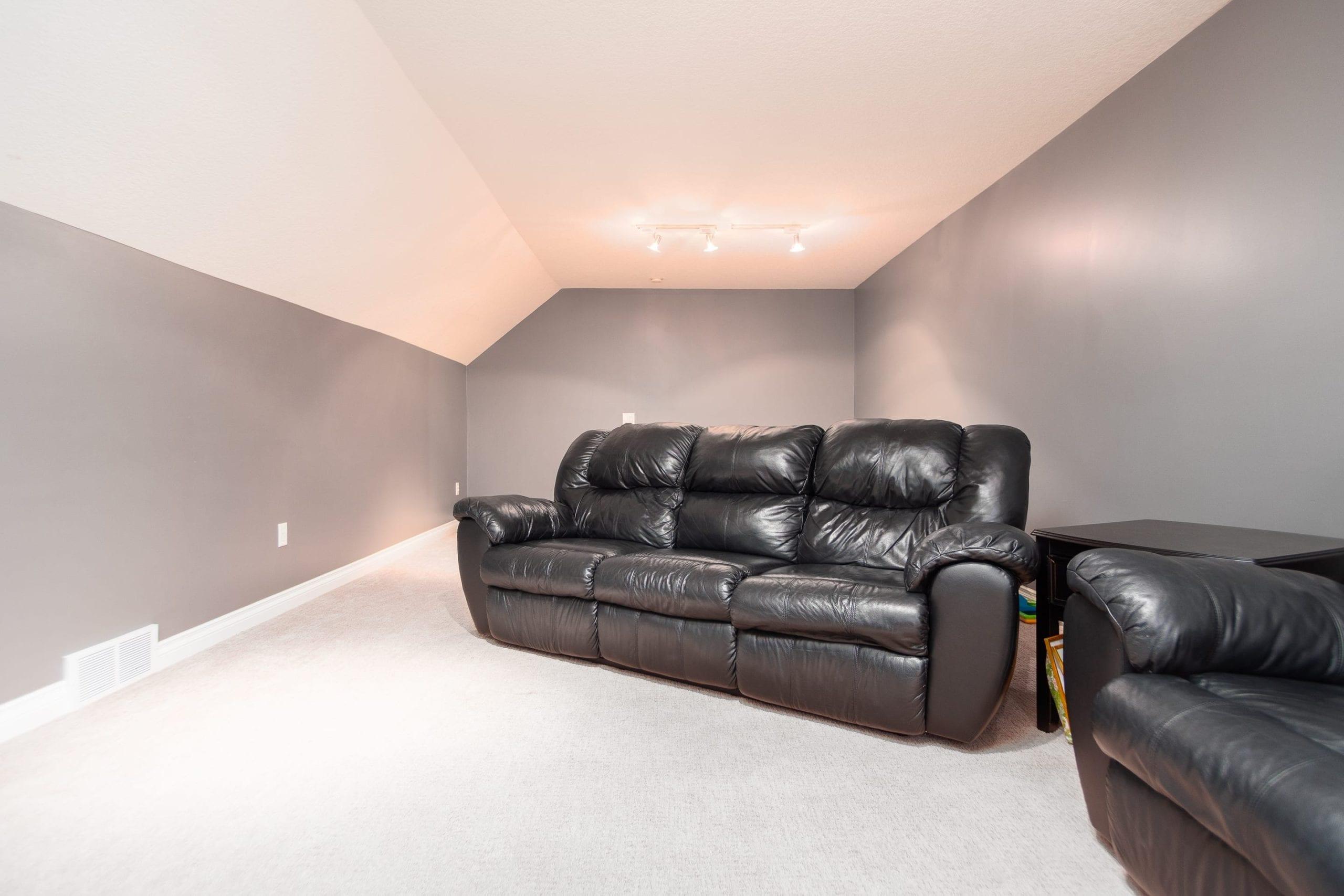 Hello Gorgeous - 243 Stage Coach Lane, Rockyview County AB - Tara Molina Real Estate (45 of 59)