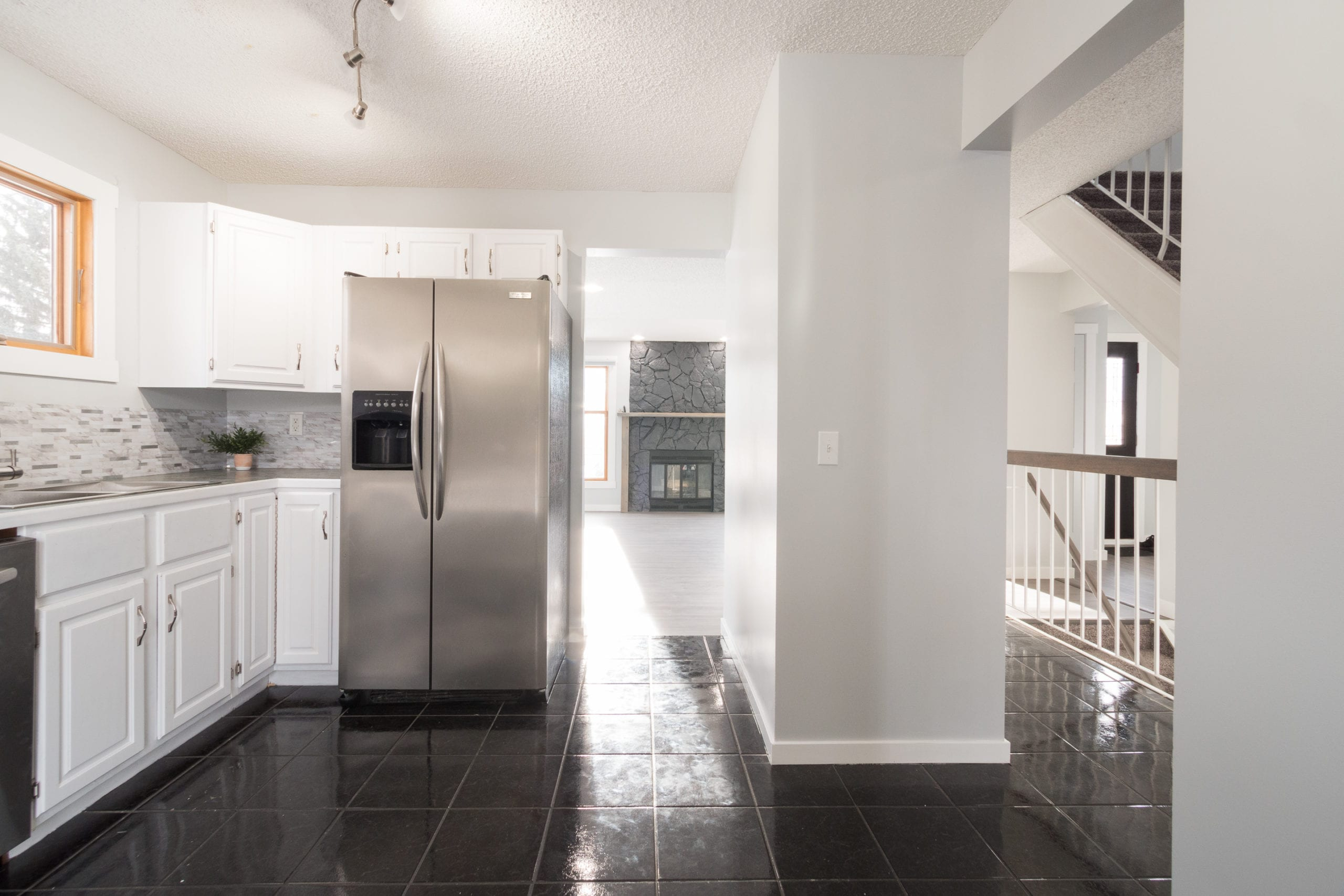 Hello Gorgeous - 4 Mountain Circle Airdrie AB - Tara Molina Real Estate (19 of 50)