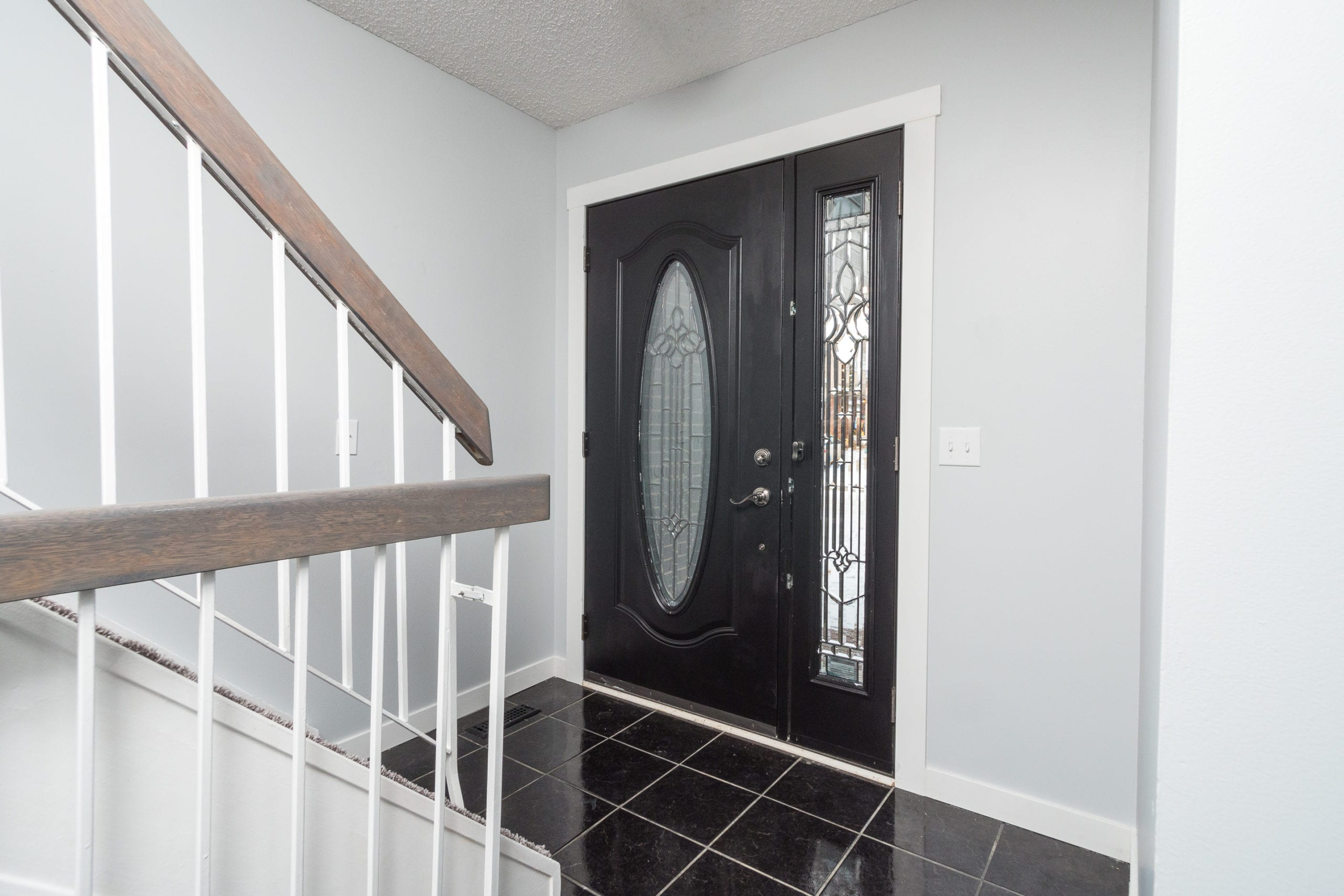Hello Gorgeous - 4 Mountain Circle Airdrie AB - Tara Molina Real Estate (6 of 50)