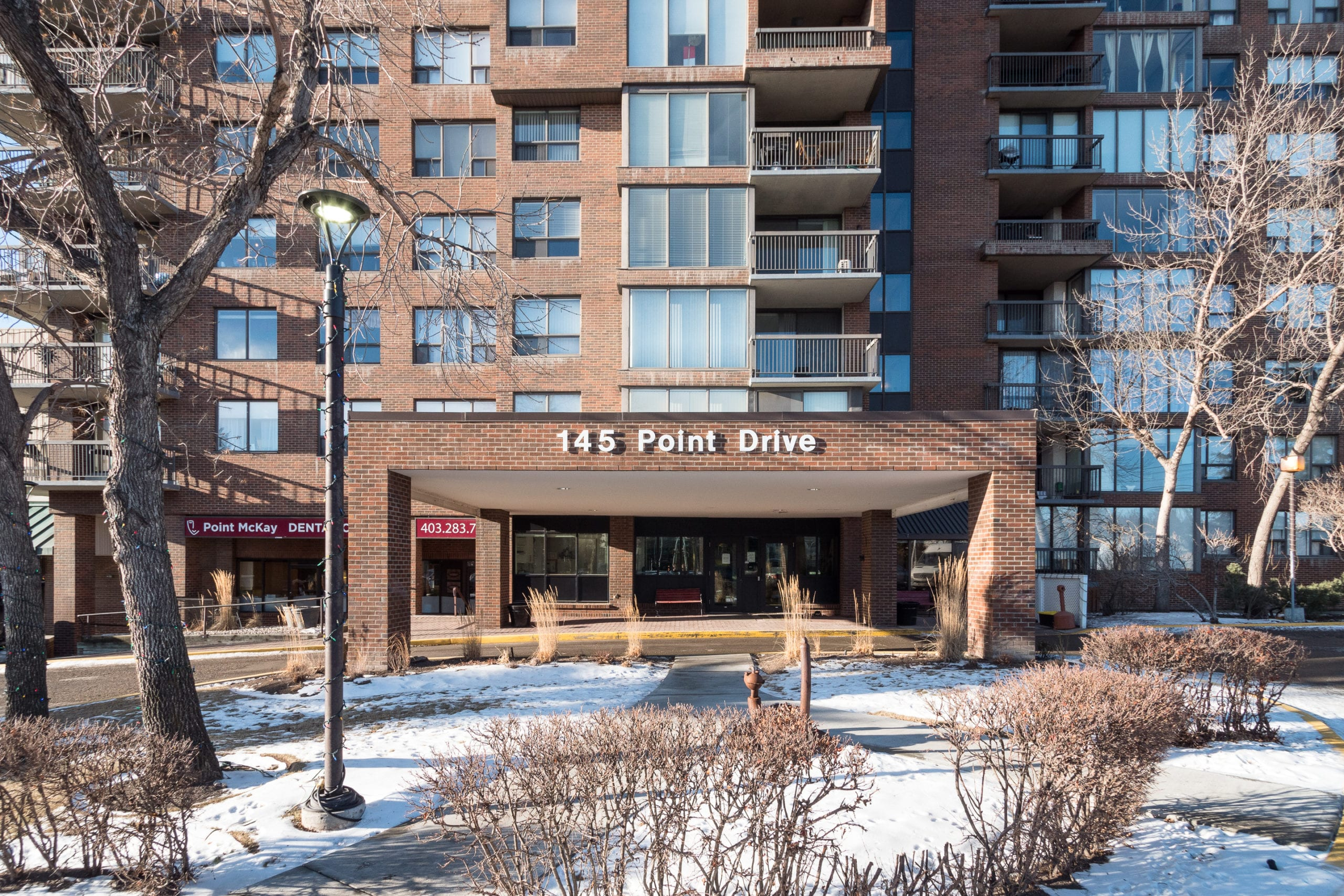 Hello Gorgeous - #705-145 point drive NW, Calgary AB - Tara Molina Real Estate (24 of 45)