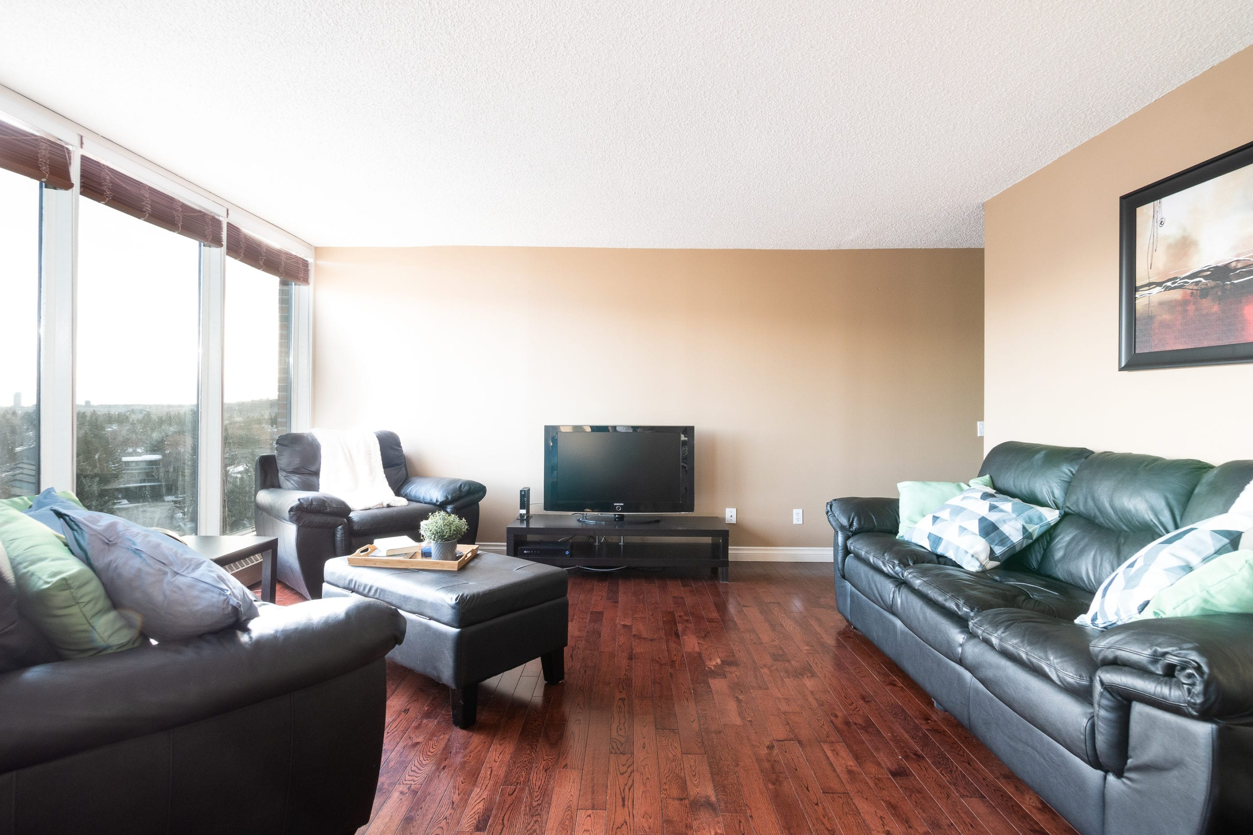 Hello Gorgeous - #705-145 point drive NW, Calgary AB - Tara Molina Real Estate (4 of 45)