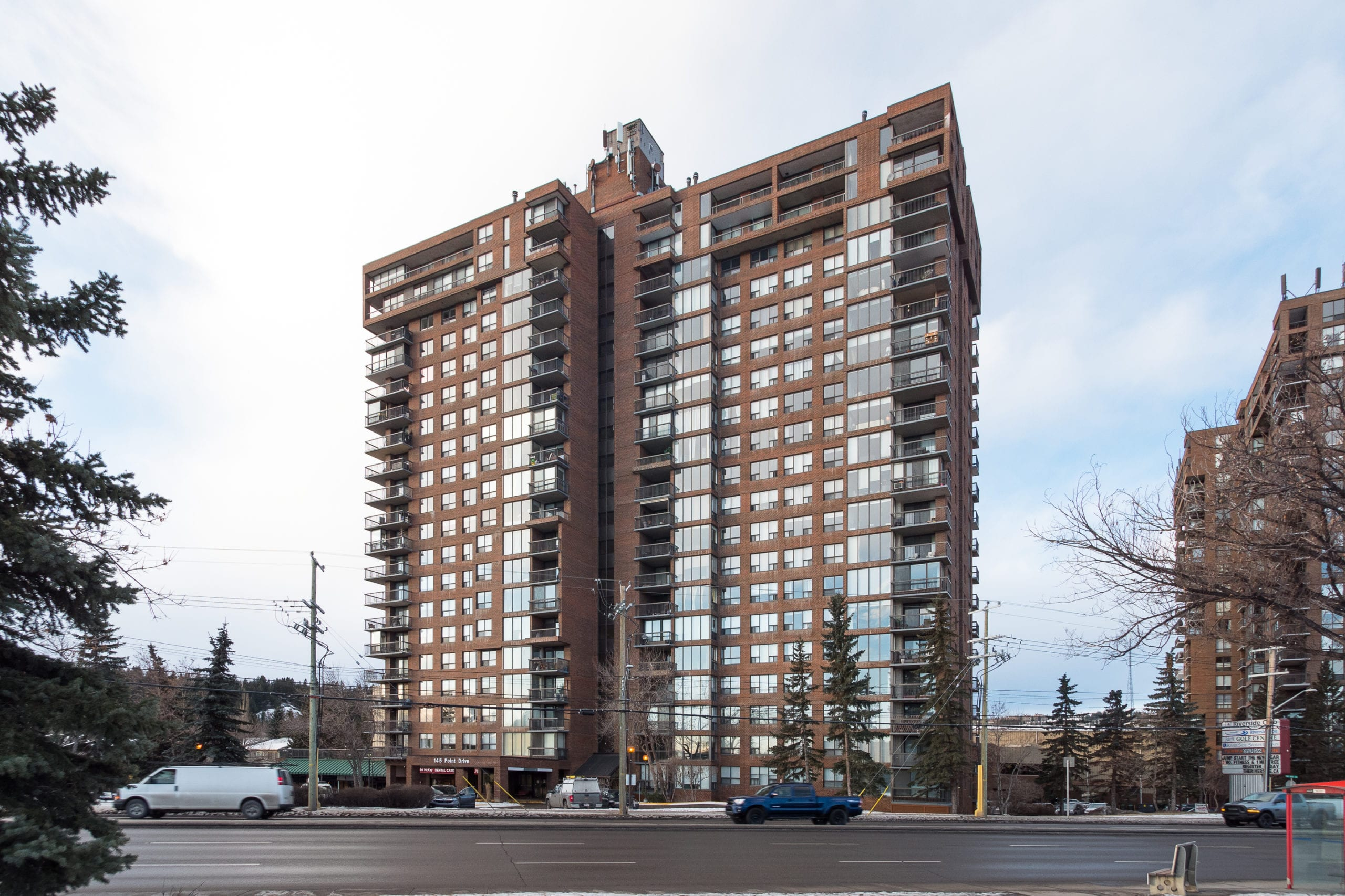 Hello Gorgeous - #705-145 point drive NW, Calgary AB - Tara Molina Real Estate (42 of 45)