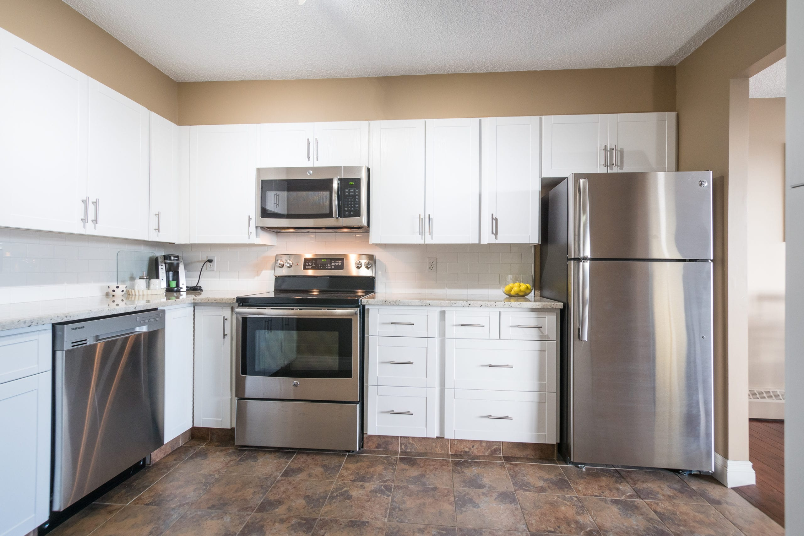 Hello Gorgeous - #705-145 point drive NW, Calgary AB - Tara Molina Real Estate (8 of 45)