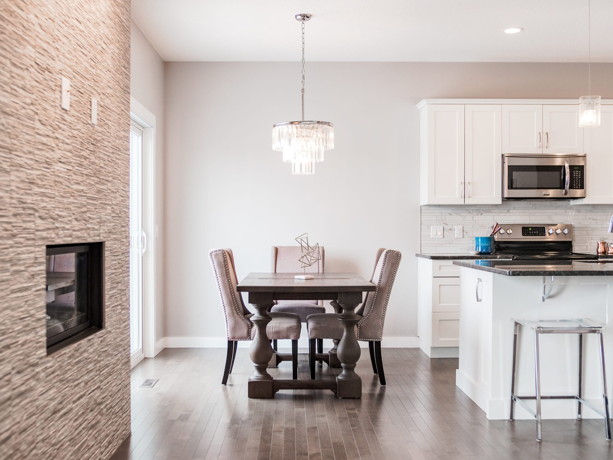 Hello Gorgeous - 1306 Kings Heights Way SE, Airdrie AB. - Tara Molina Real Estate (10 of 53)