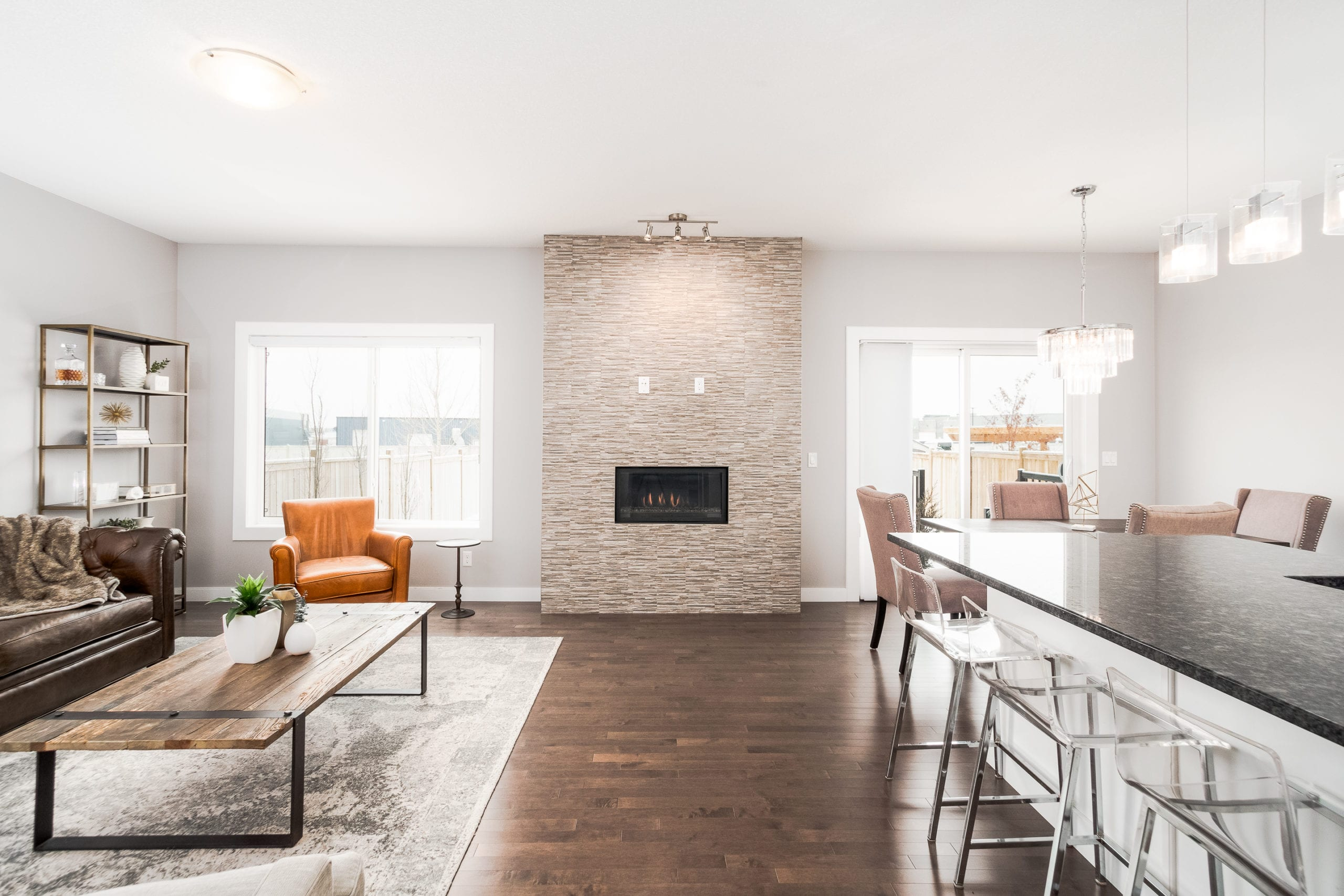 Hello Gorgeous - 1306 Kings Heights Way SE, Airdrie AB. - Tara Molina Real Estate (13 of 53)
