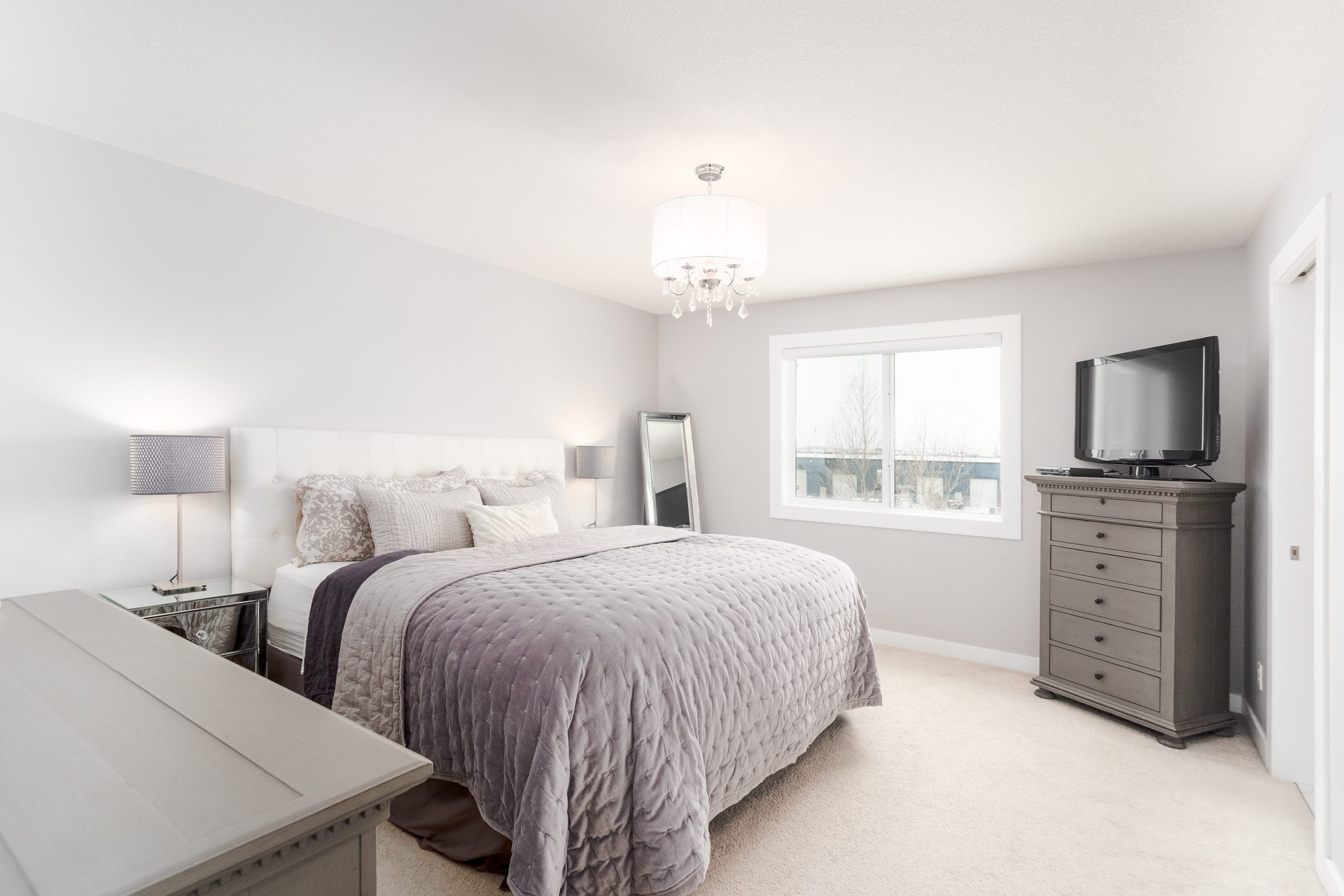 Hello Gorgeous - 1306 Kings Heights Way SE, Airdrie AB. - Tara Molina Real Estate (31 of 53)