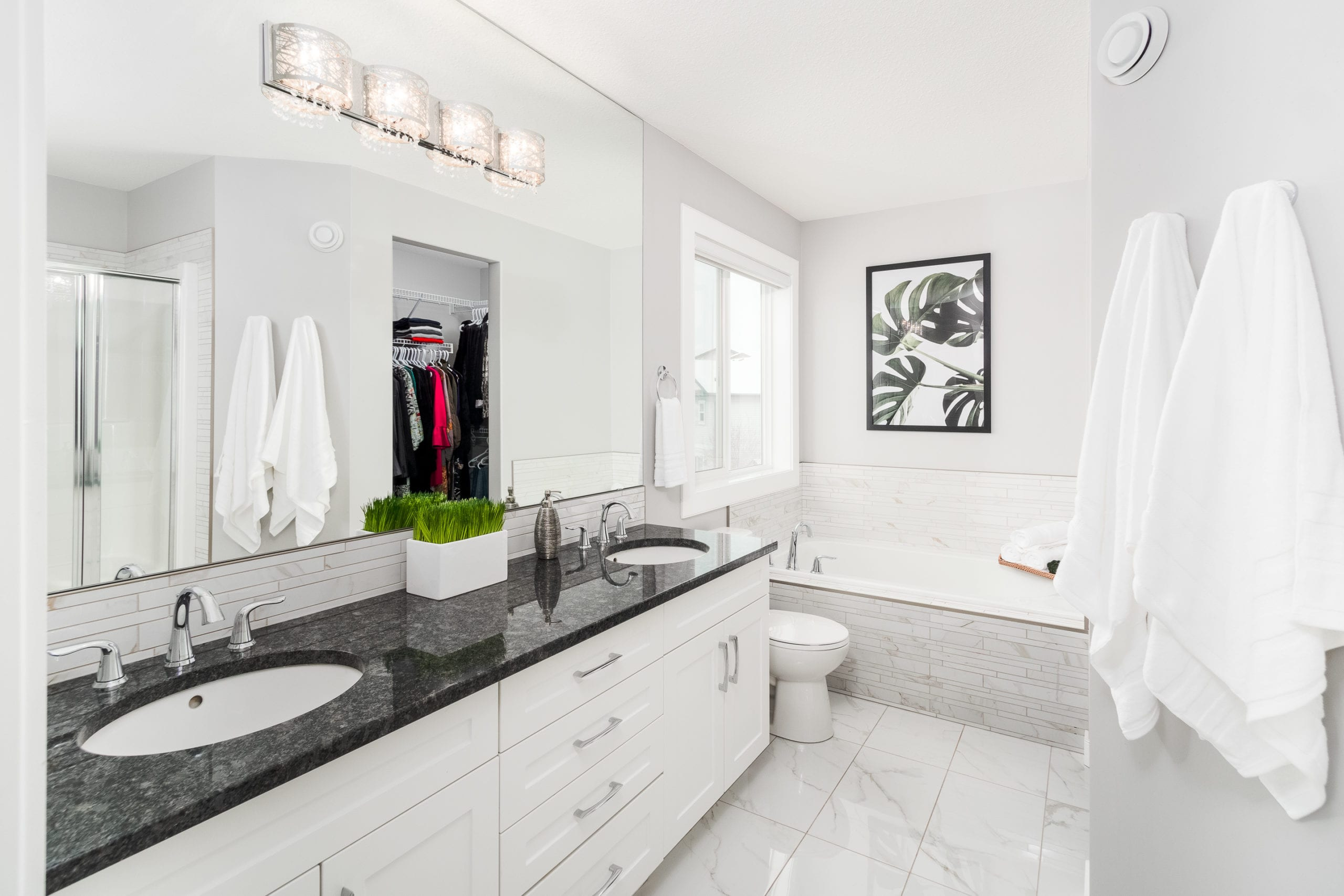 Hello Gorgeous - 1306 Kings Heights Way SE, Airdrie AB. - Tara Molina Real Estate (32 of 53)