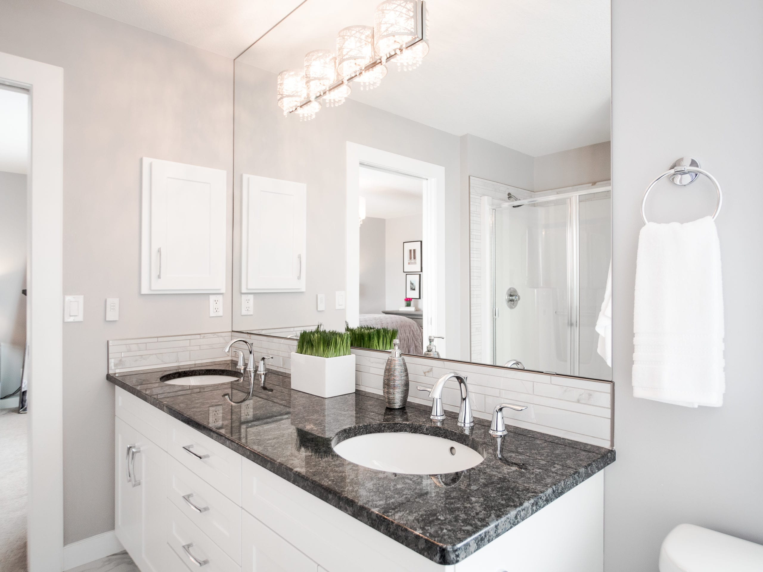 Hello Gorgeous - 1306 Kings Heights Way SE, Airdrie AB. - Tara Molina Real Estate (34 of 53)