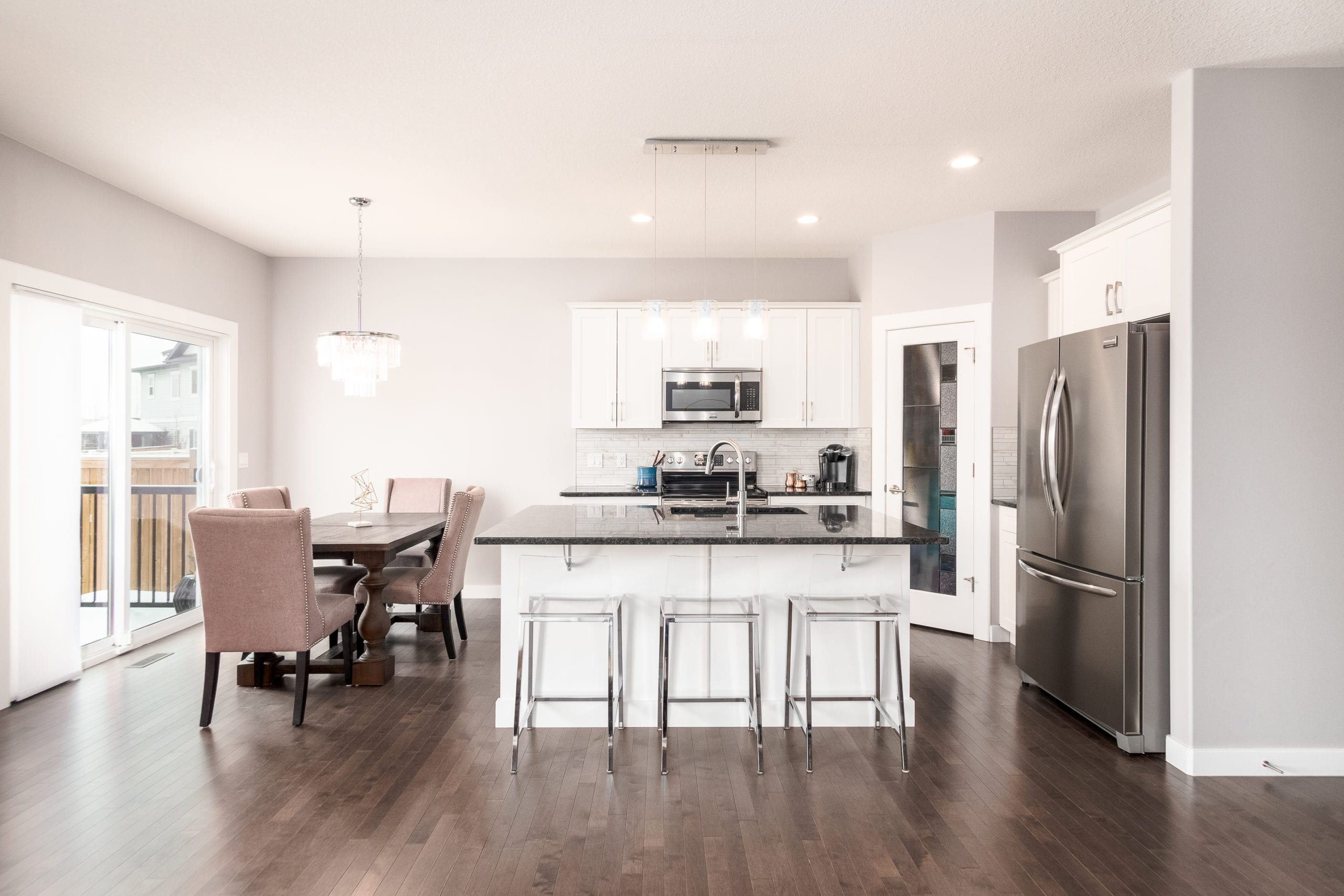 Hello Gorgeous - 1306 Kings Heights Way SE, Airdrie AB. - Tara Molina Real Estate (5 of 53)