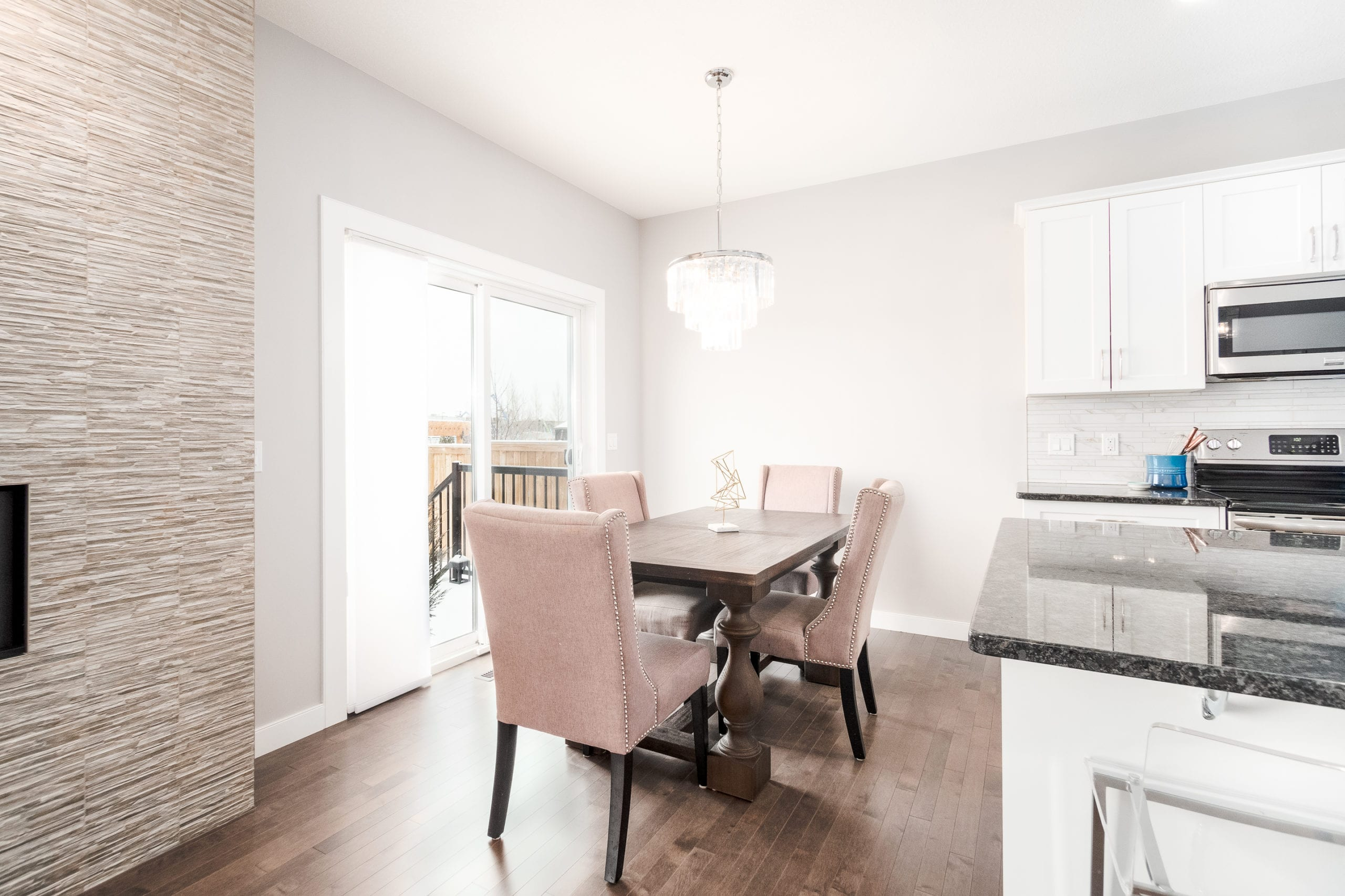 Hello Gorgeous - 1306 Kings Heights Way SE, Airdrie AB. - Tara Molina Real Estate (7 of 53)