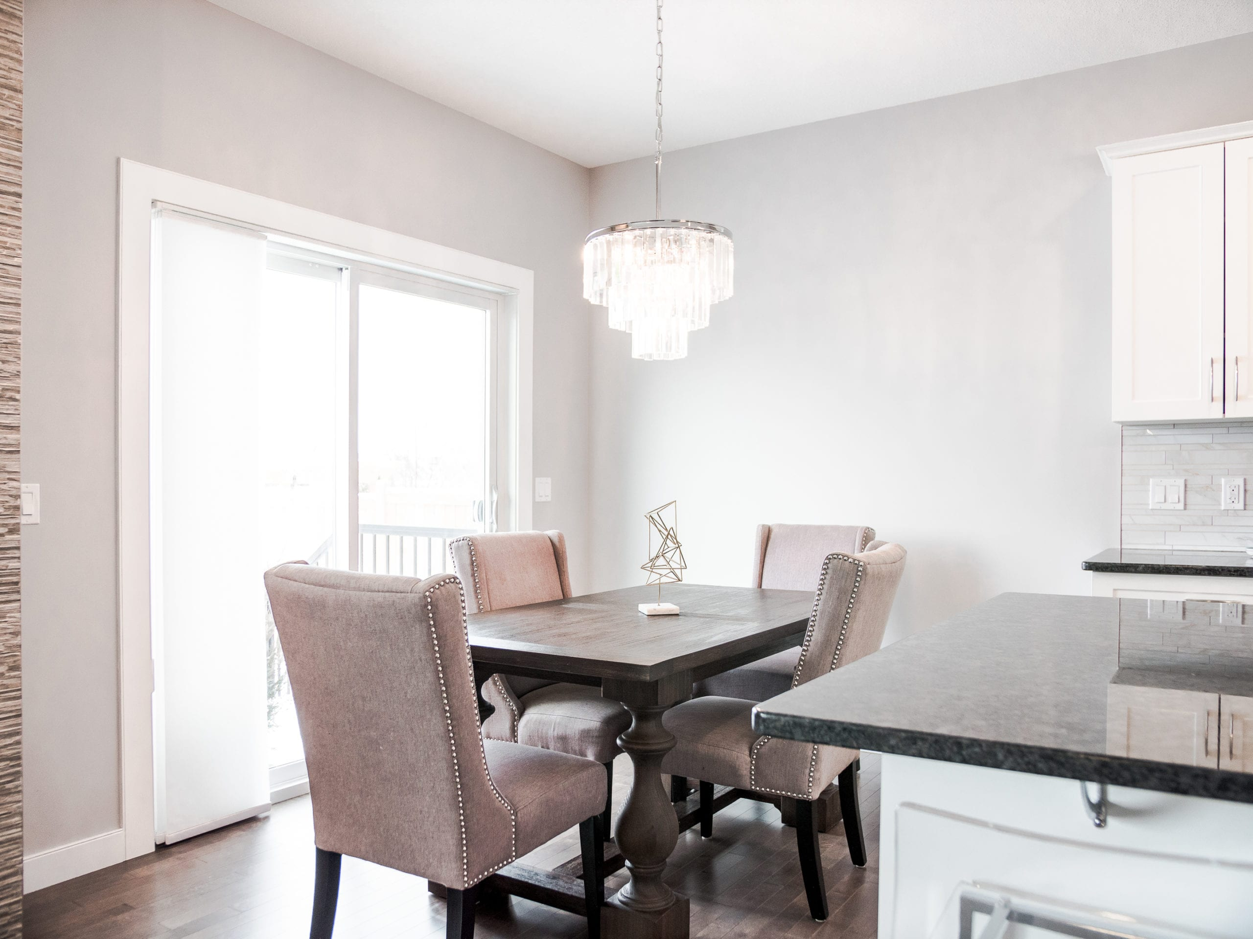 Hello Gorgeous - 1306 Kings Heights Way SE, Airdrie AB. - Tara Molina Real Estate (8 of 53)