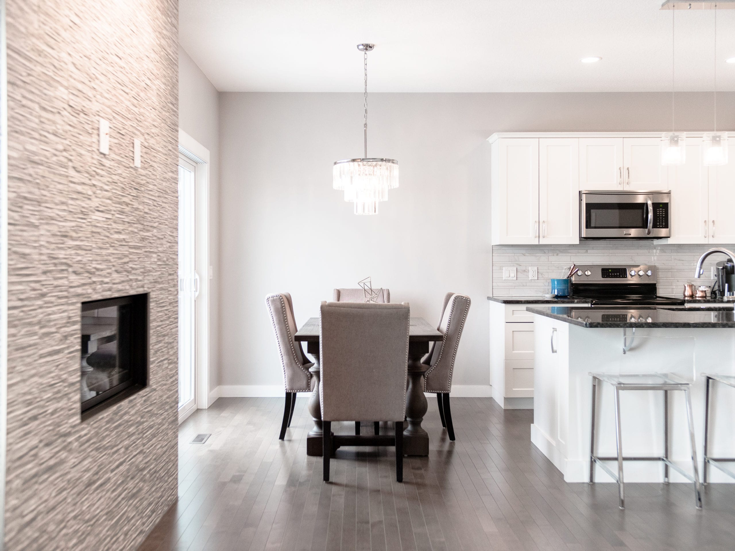 Hello Gorgeous - 1306 Kings Heights Way SE, Airdrie AB. - Tara Molina Real Estate (9 of 53)