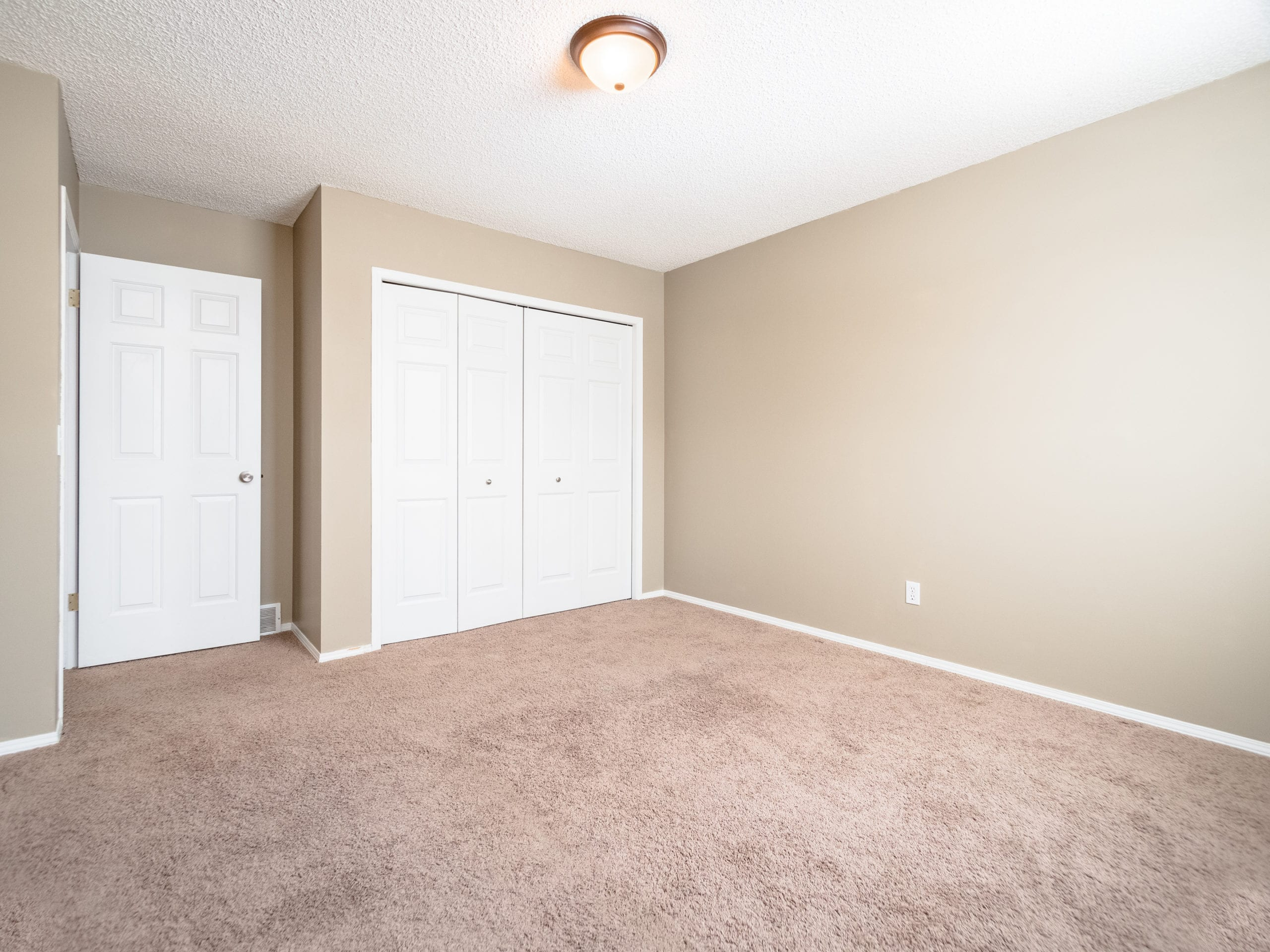 Hello Gorgeous - 143 Woodside Road NW, Airdrie AB. - Tara Molina Real Estate (32 of 54)