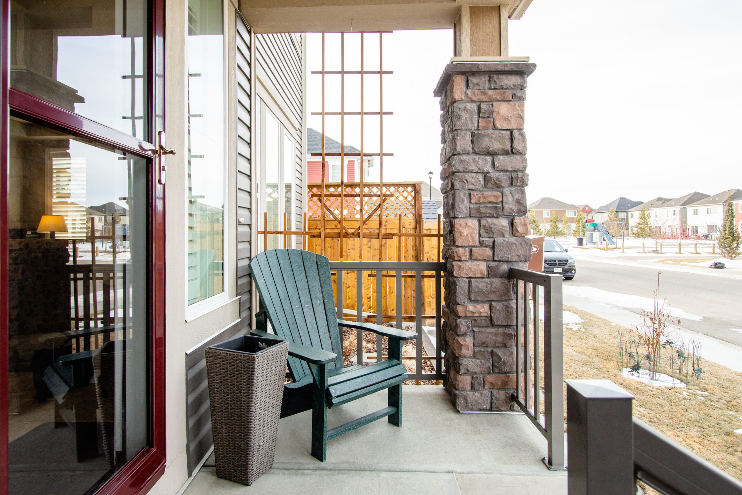 Hello Gorgeous - 503 Windbrook Heights SW Airdrie - Tara Molina Real Estate (6 of 58)