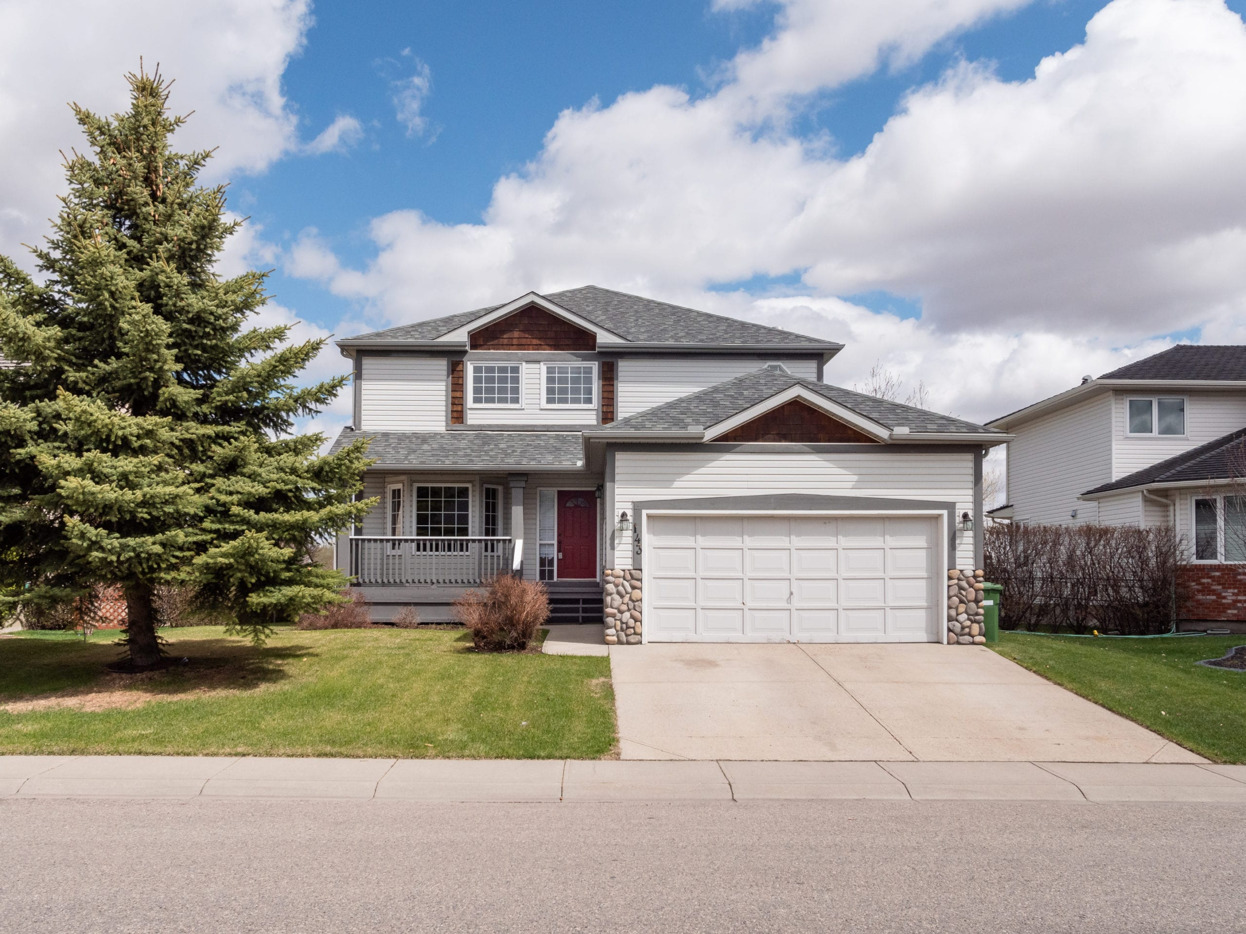 Hello Gorgeous - 143 Woodside Rd Airdrie AB- Tara Molina Real Estate (1 of 8)