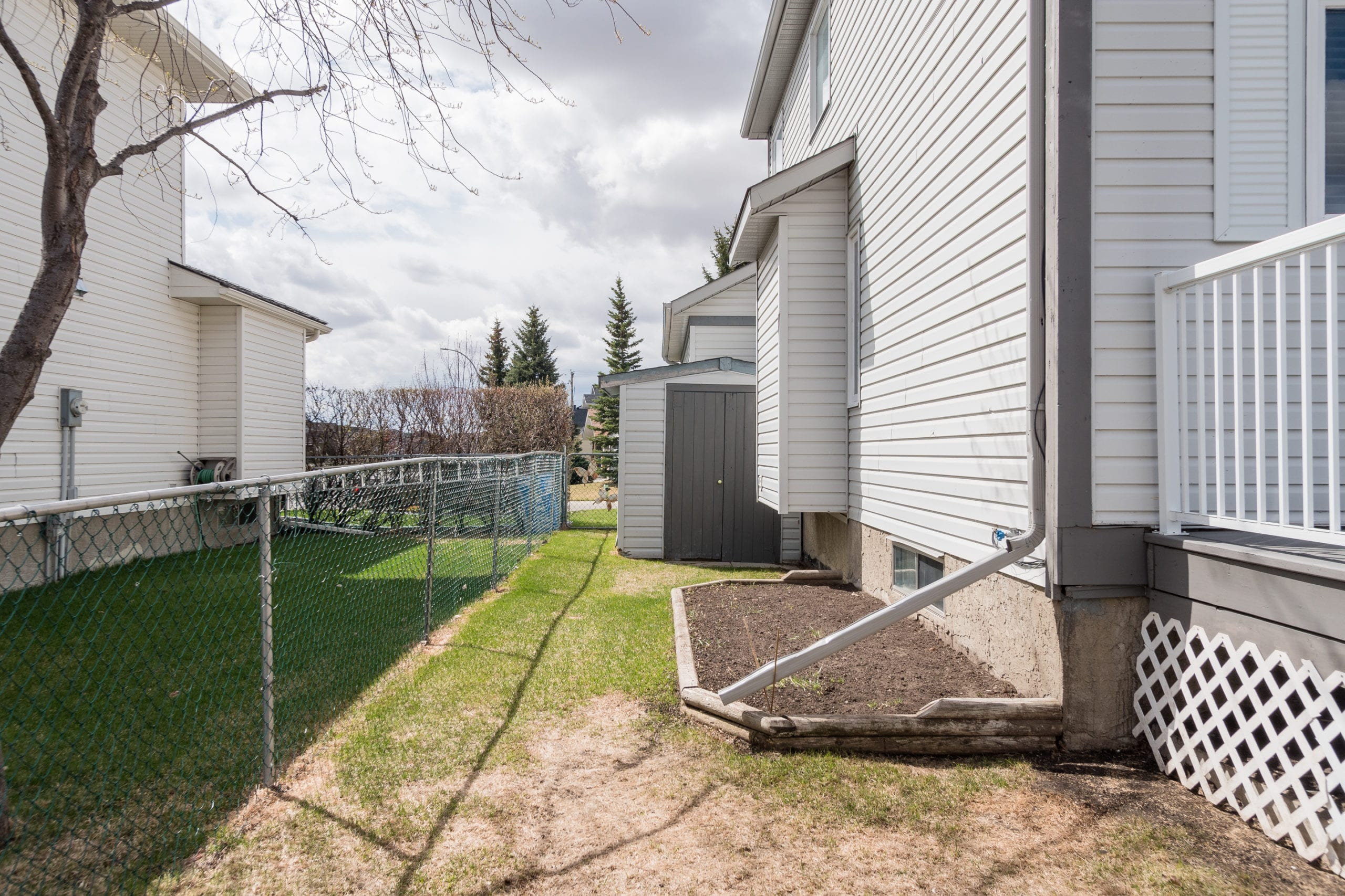 Hello Gorgeous - 143 Woodside Rd Airdrie AB- Tara Molina Real Estate (8 of 8)