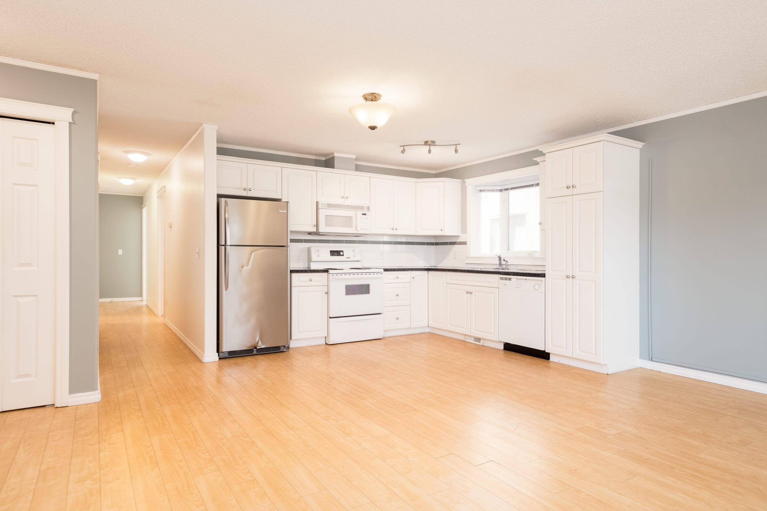 Hello Gorgeous - 201-339 30 Ave NE, Calgary AB - Tara Molina Real Estate